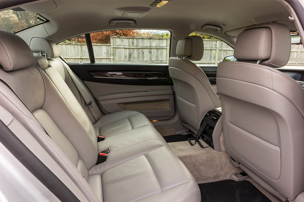 Limousines_Services_Queenstown_BMW._interior.jpg