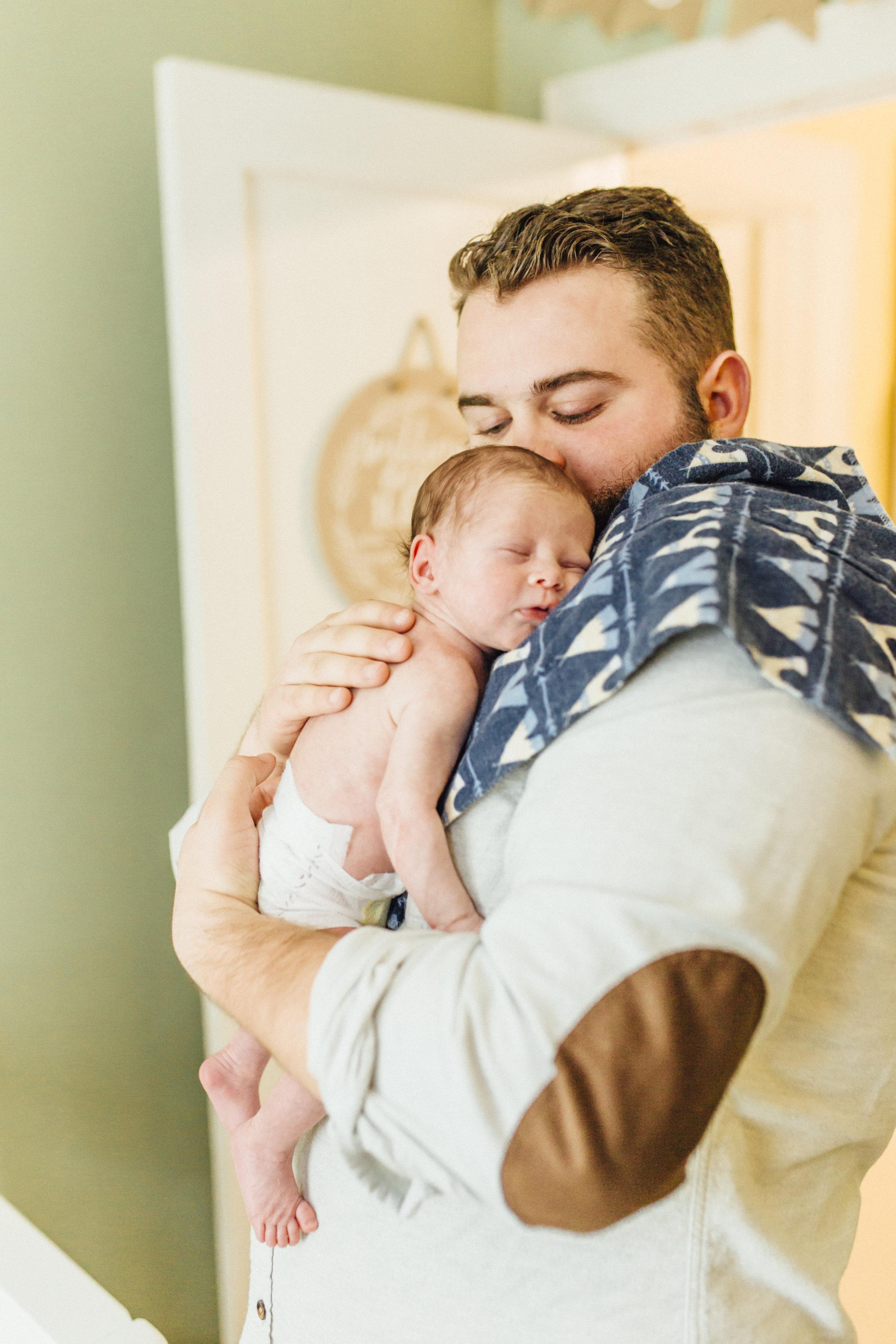 Newborn_Oregon_Photographer_Lifestyle_Corvallis-18.jpg