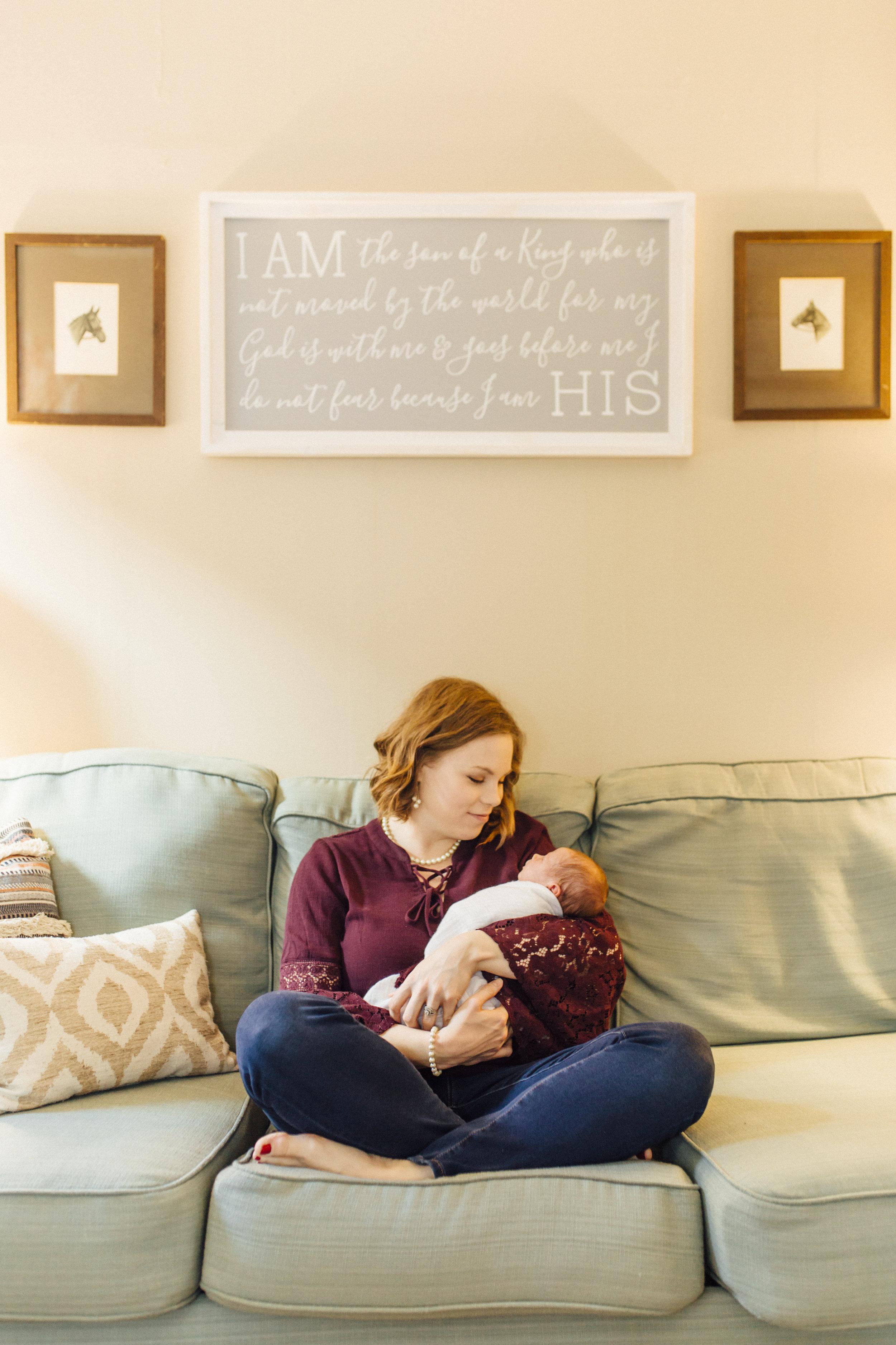 Newborn_Oregon_Photographer_Lifestyle_Corvallis-29.jpg