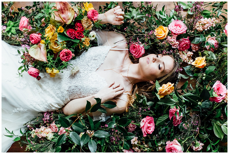Ignite_and_Gather_Styled_Shoot_Eugene_Oregon_Cloverdale_Chapel_Wedding_0030.jpg