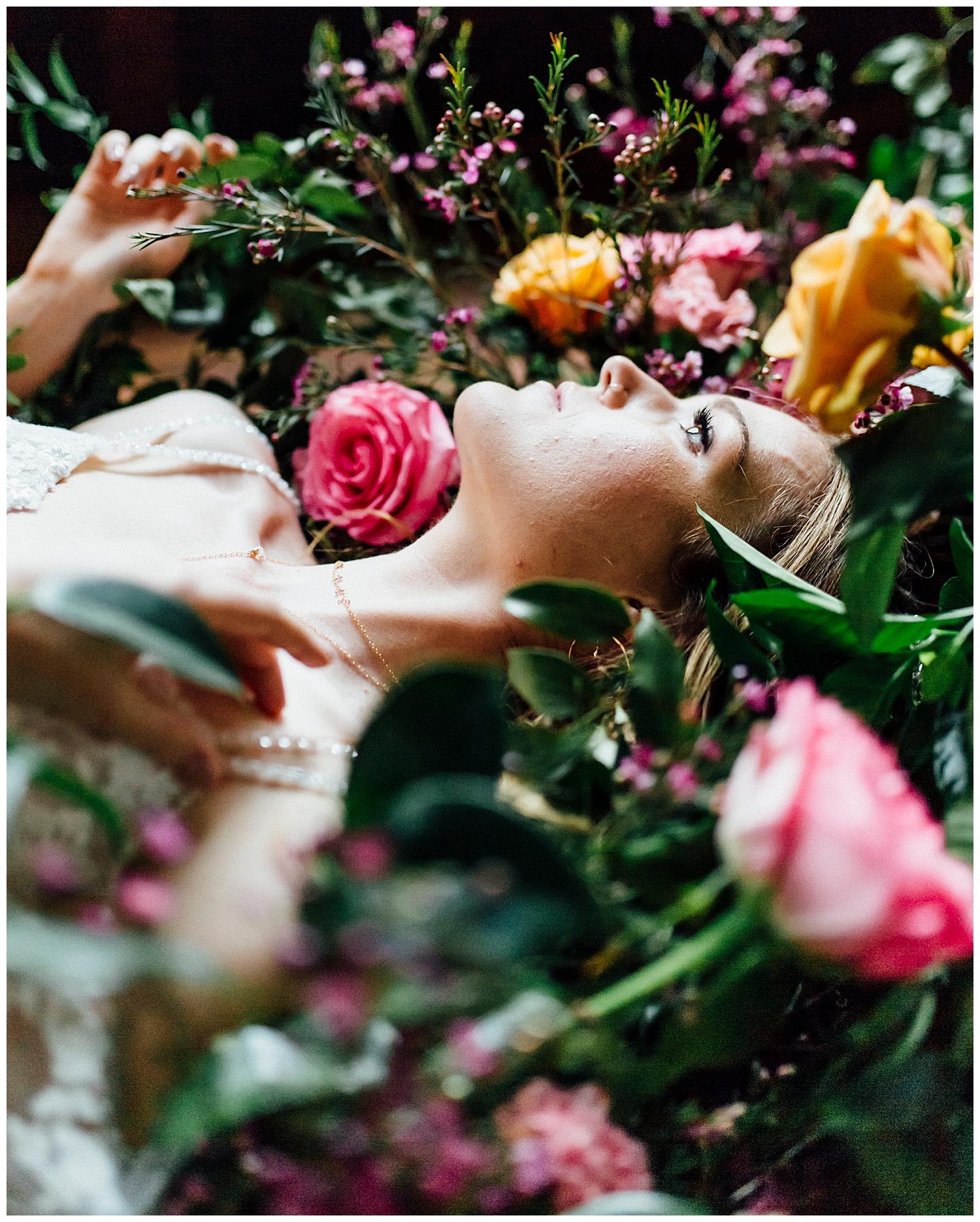 Ignite_and_Gather_Styled_Shoot_Eugene_Oregon_Cloverdale_Chapel_Wedding_0031.jpg