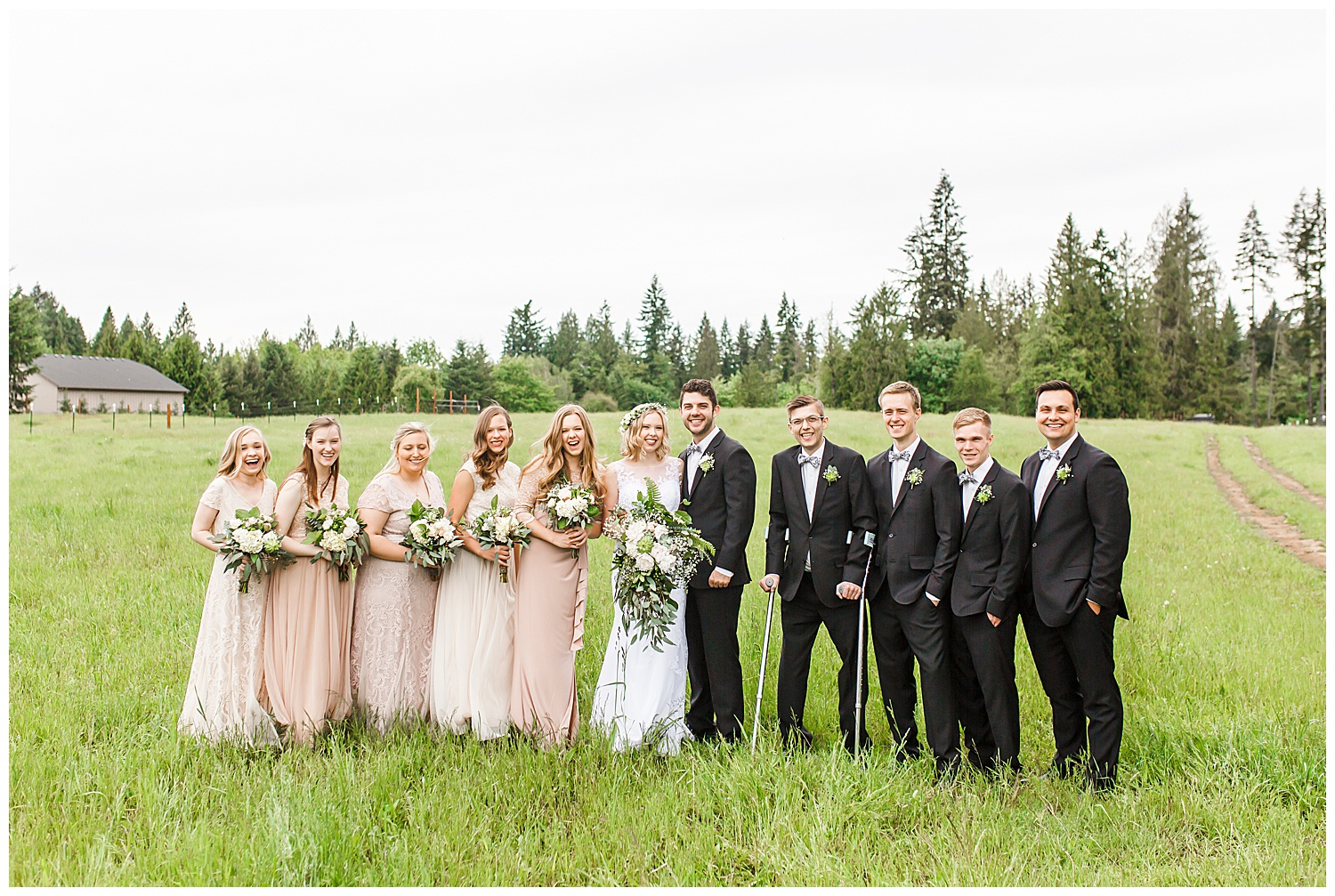 Brush_Prairie_Washington_Wedding_May_Farm_Backyard_Family_Photographer_Conzatti_0025.jpg