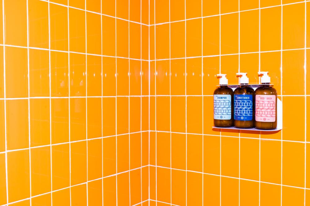 OrangeBathroom-029.jpg