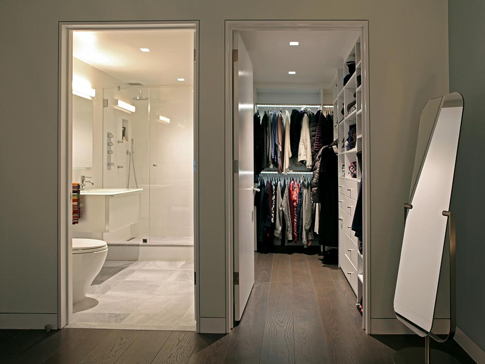 4b-mbr-closet-after.jpg