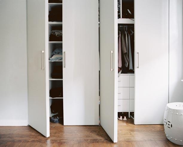 Brooklyn-Residence-9-MBR-closet.jpg