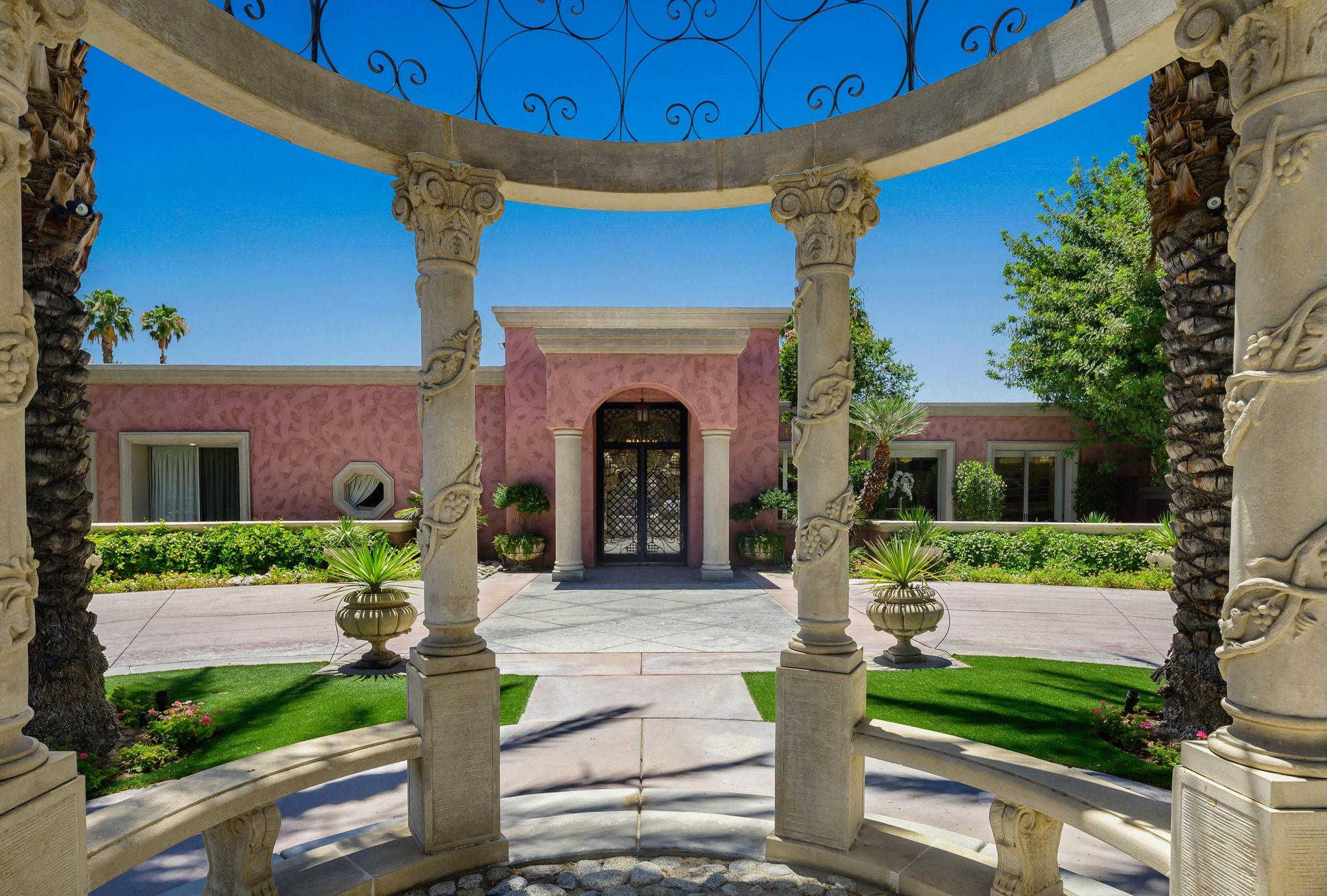 1+Von+Dehn+Rd+Rancho+Mirage-25-large.jpg