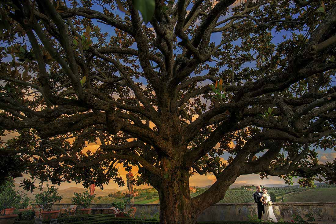 Wedding at Villa Corsini a Mezzomonte, Rellini art studio wedding photographers in Florence, Tuscany