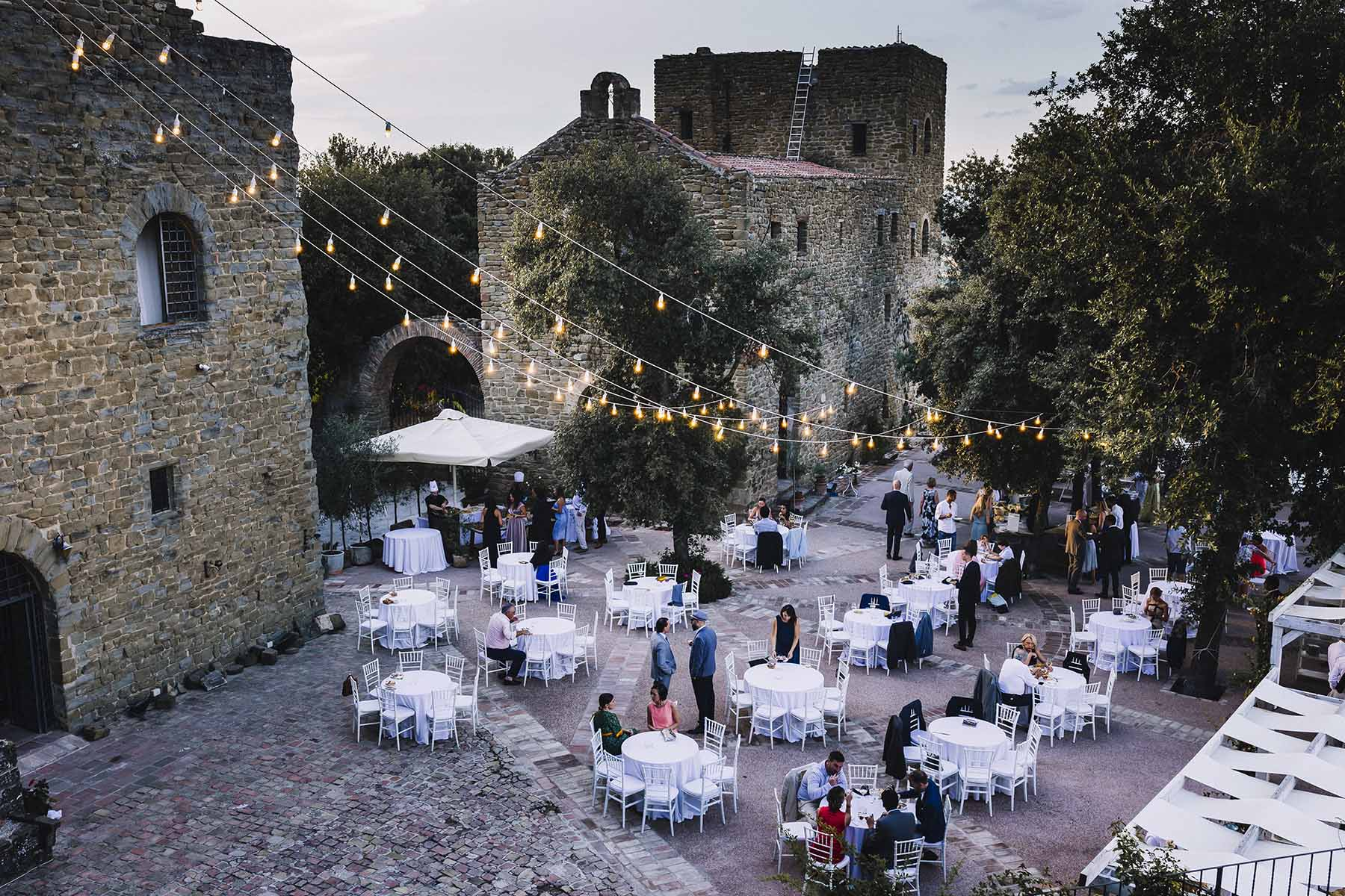 wedding rosciano castle italy 094.jpg