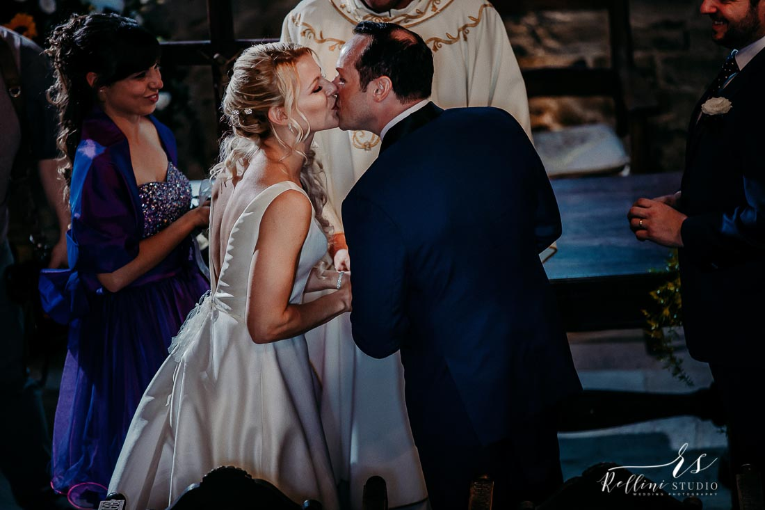 Castello di Rosciano wedding photographer