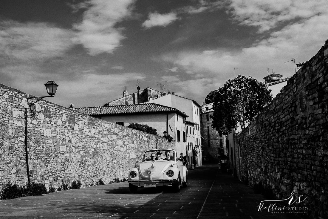 fotografo matrimonio castello di rosciano 051.jpg