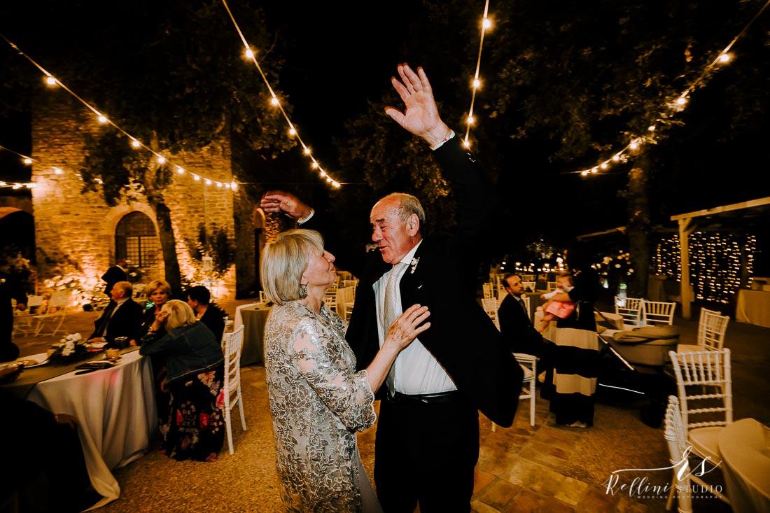 fotografo matrimonio castello di rosciano 145.jpg