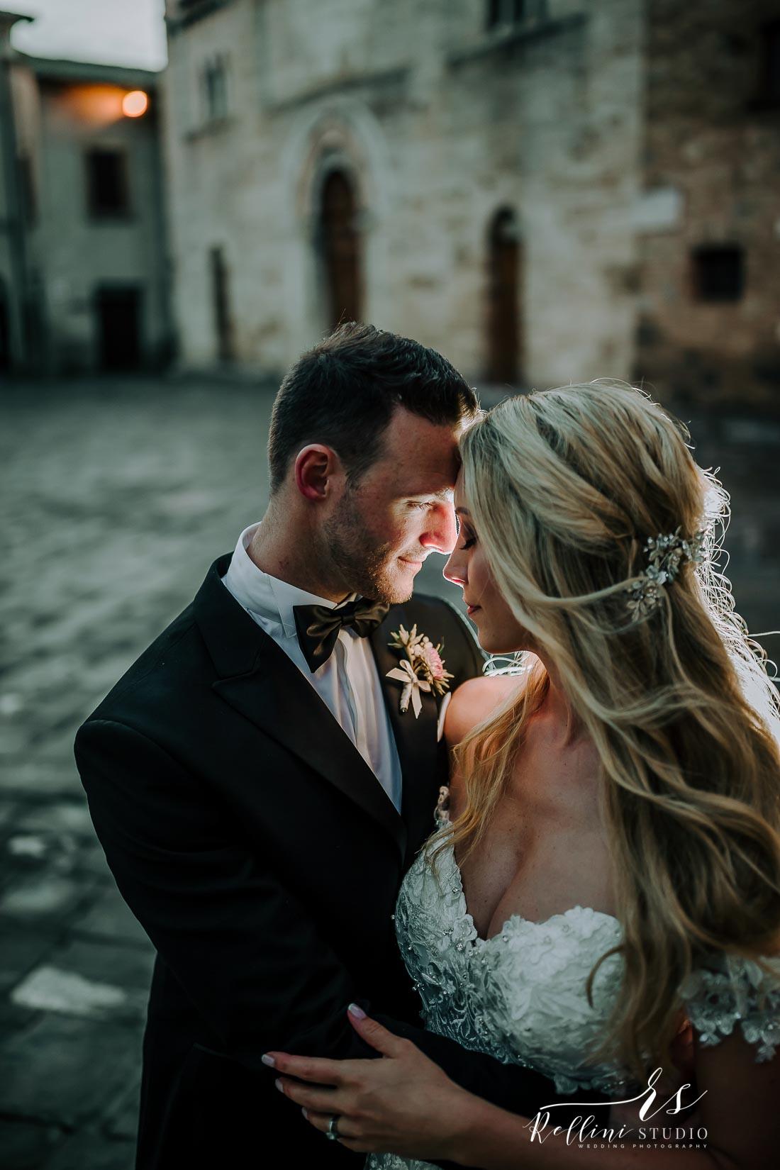 Castello di Rosciano wedding photographer