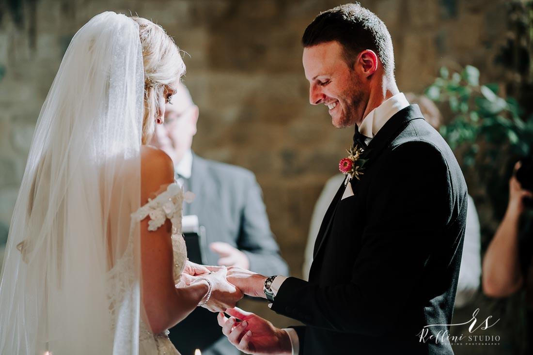 wedding castello di Rosciano 093.jpg