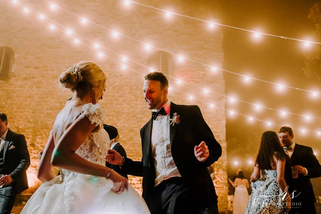 wedding castello di Rosciano 215.jpg