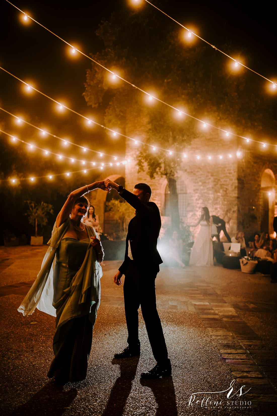 wedding castello di Rosciano 183.jpg