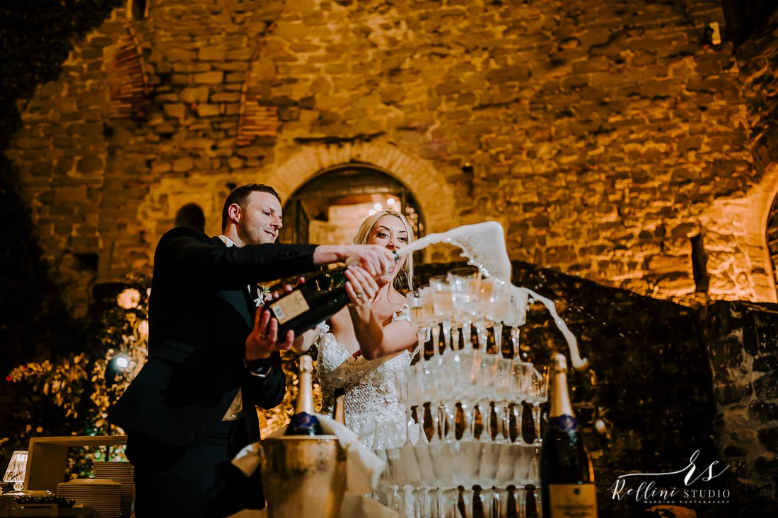 wedding castello di Rosciano 193.jpg