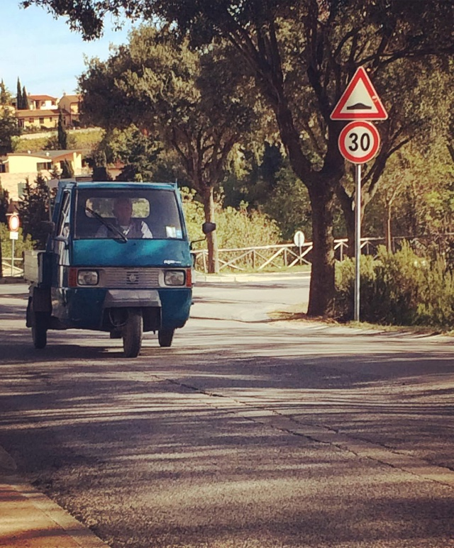 Passing Ape in Casole D'Elsa, Tuscany - photo by Paul Hart October 2017
