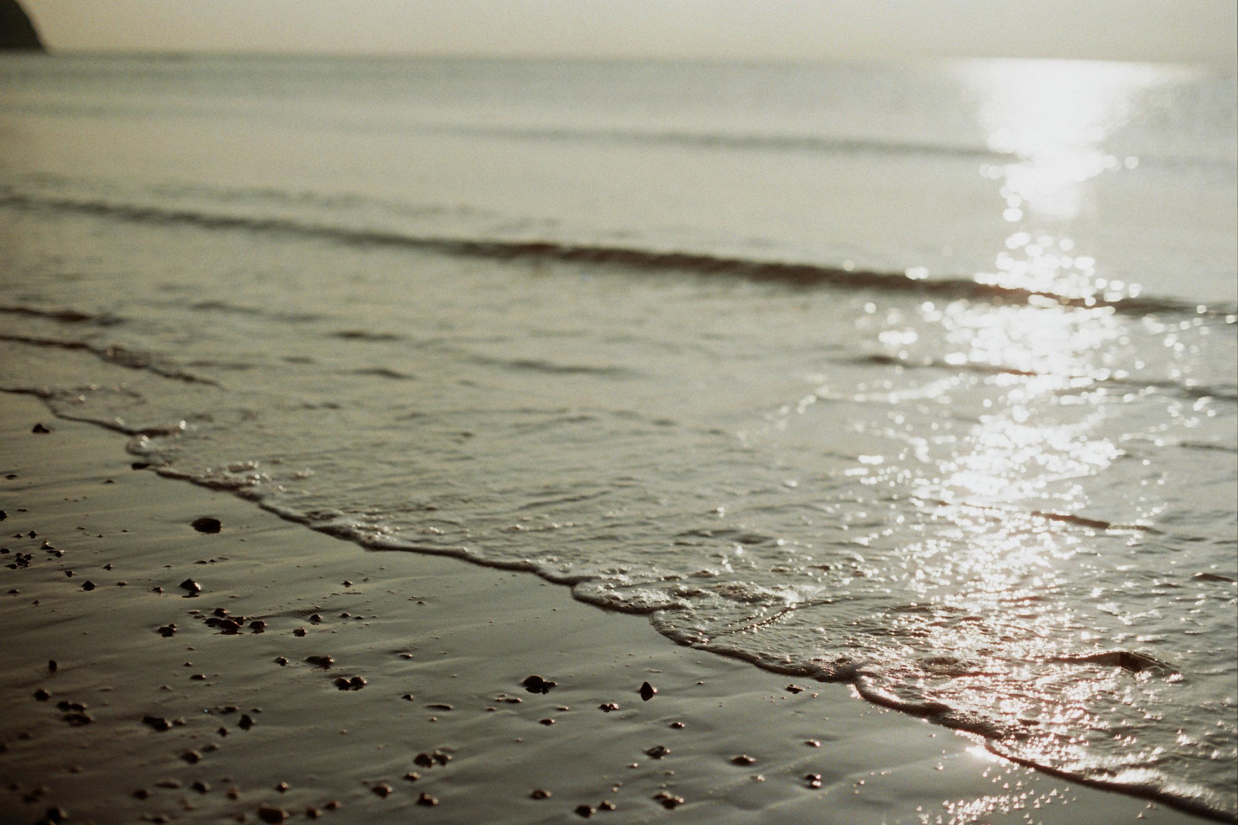 Dawn on Swanage beach…. aaah!