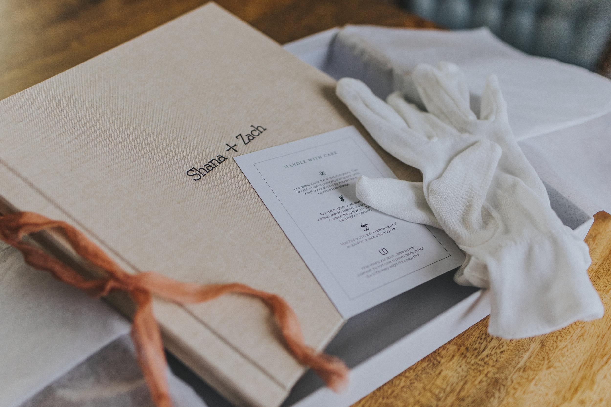 omaha-elopement-intimate-wedding-album