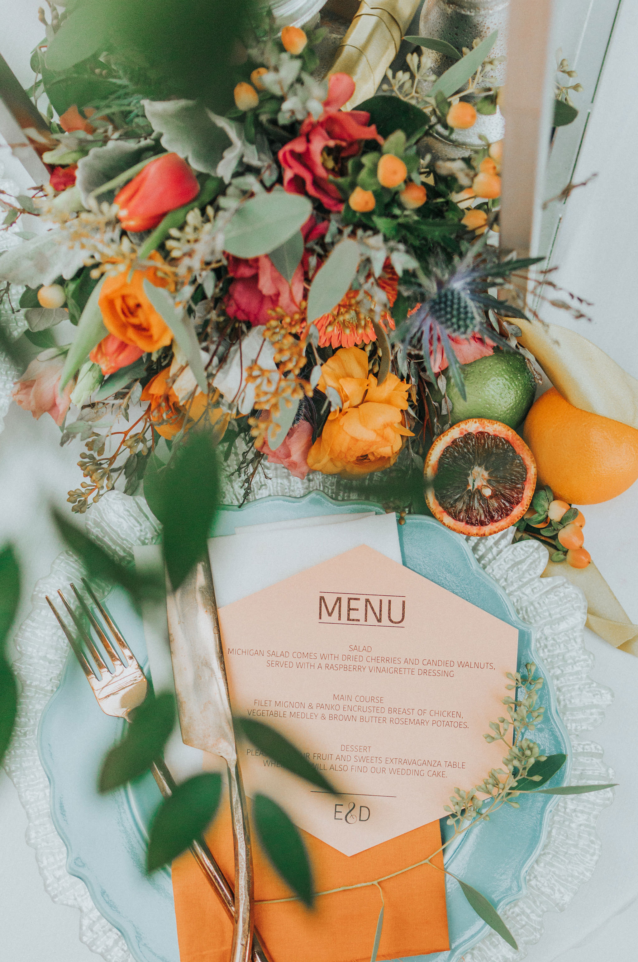 19omaha-wedding-photographer-planner-tiny-luxe-velvet-sage.jpg