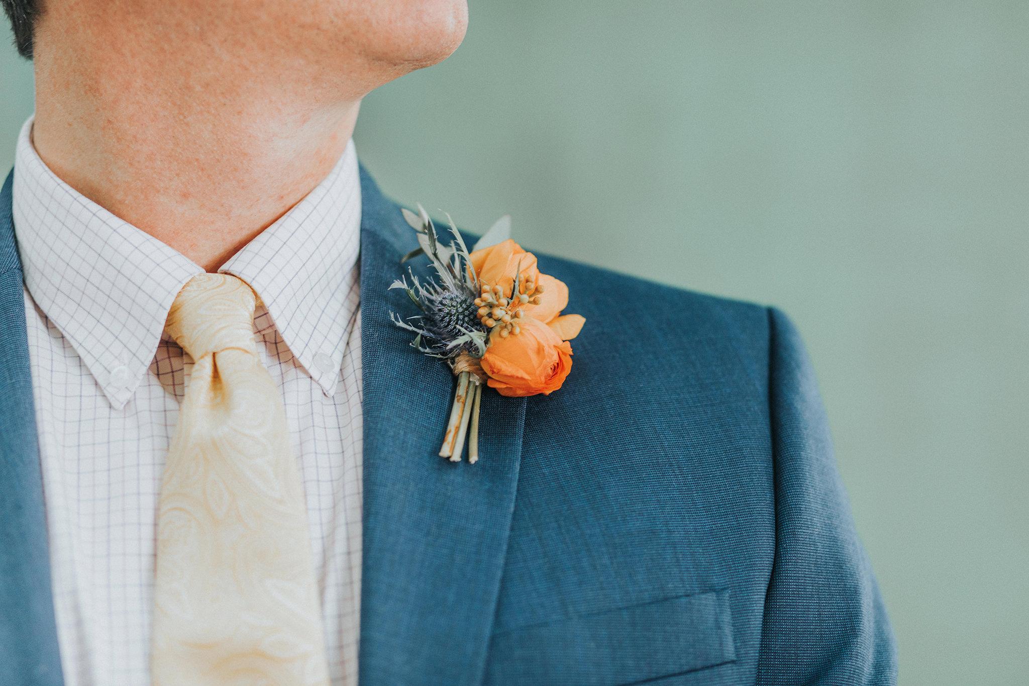 125 omaha-wedding-photographer-planner-tiny-luxe-velvet-sage.jpg