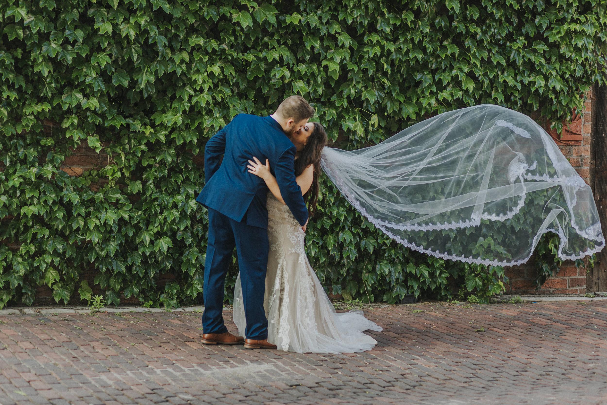 136 tiny-luxe-weddings-custom-elopement-summer-omaha-old-market.jpg