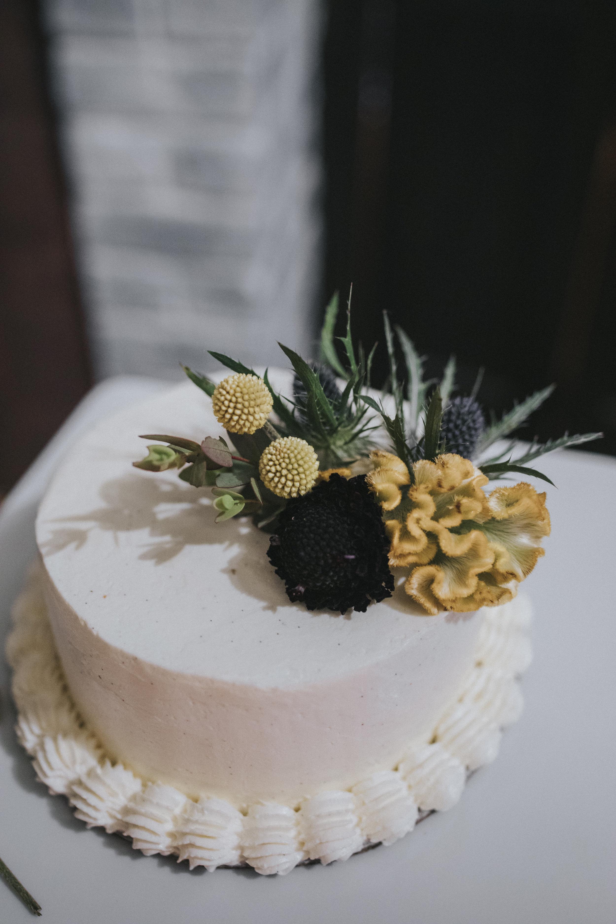 191 tiny-luxe-weddings-custom-elopement-summer-omaha-old-market.jpg