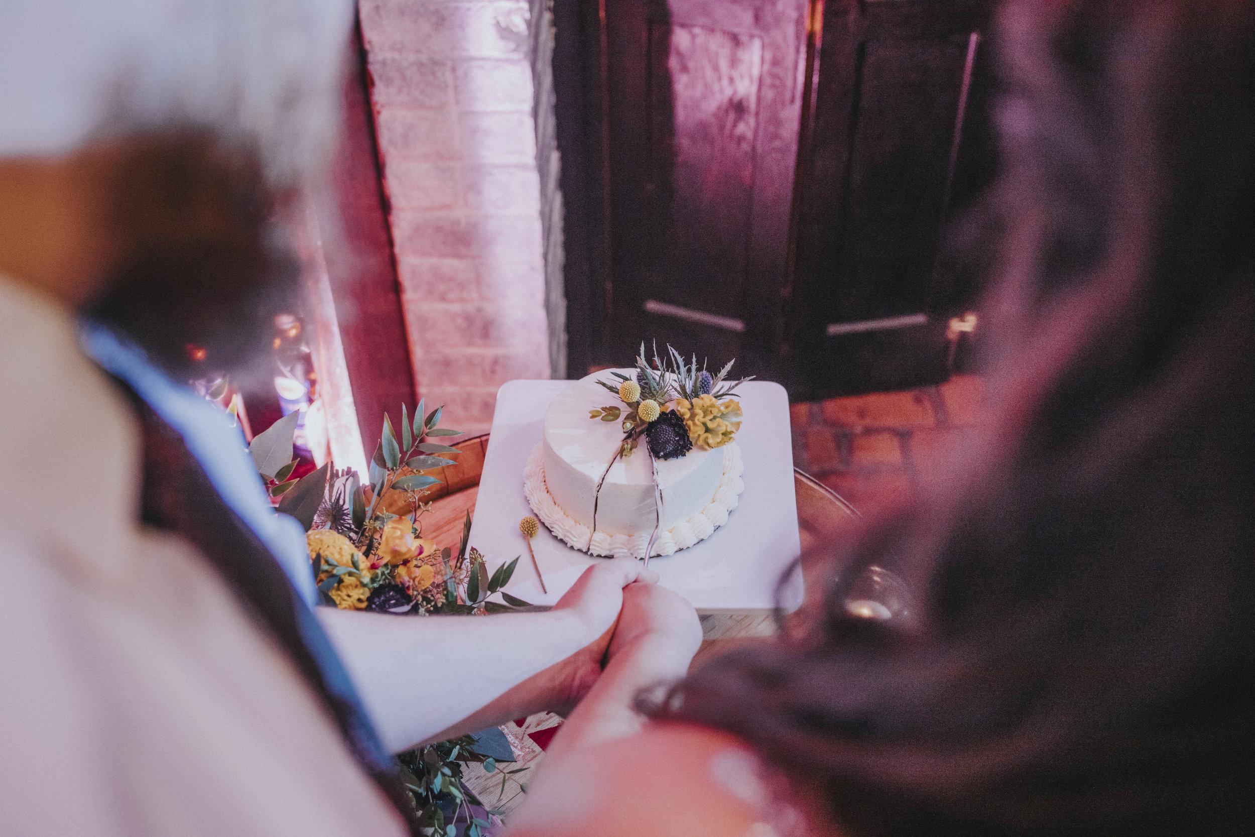 220 tiny-luxe-weddings-custom-elopement-summer-omaha-old-market.jpg