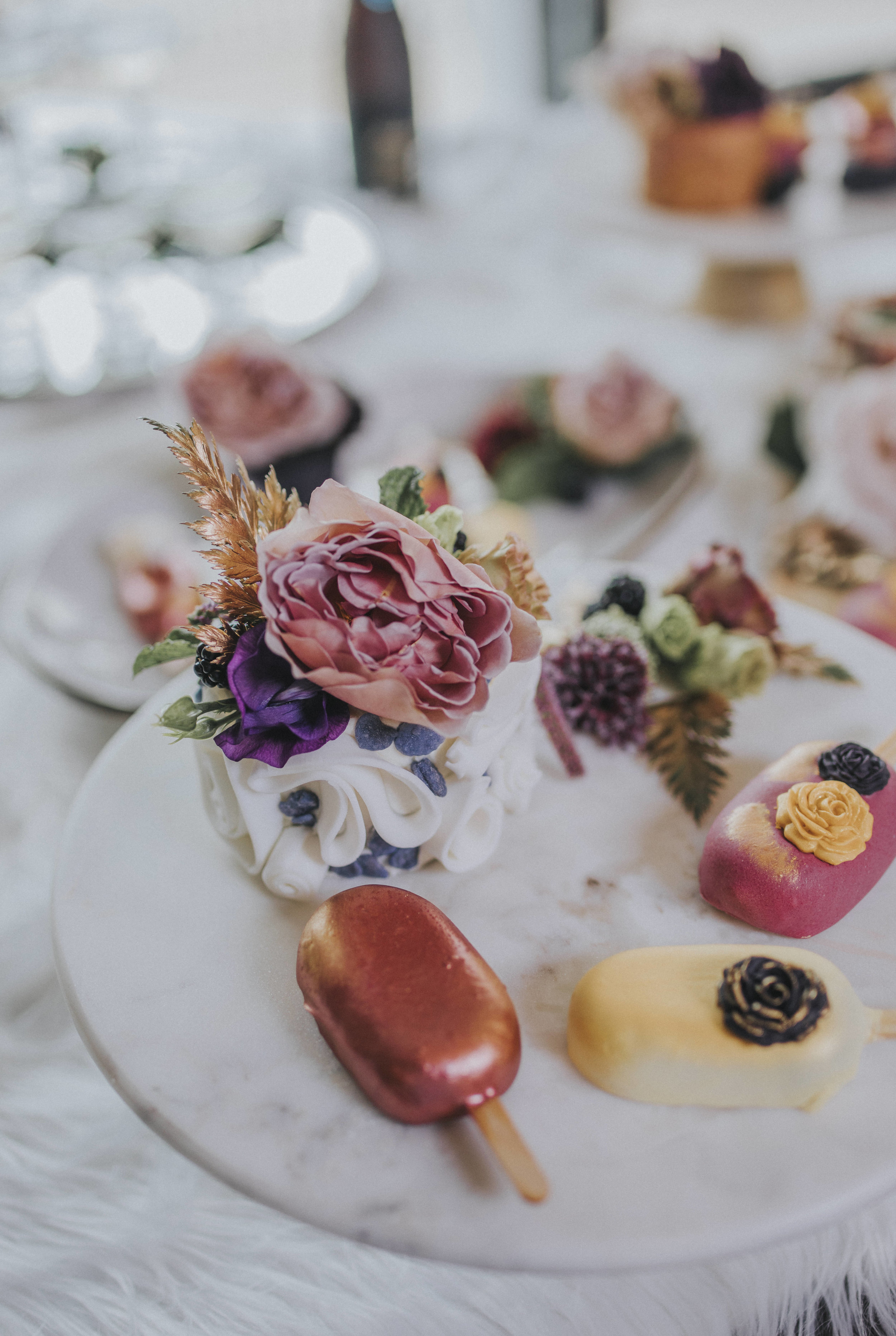 9  omaha-nebraska-empire-room-tiny-luxe-wedding-planner.jpg
