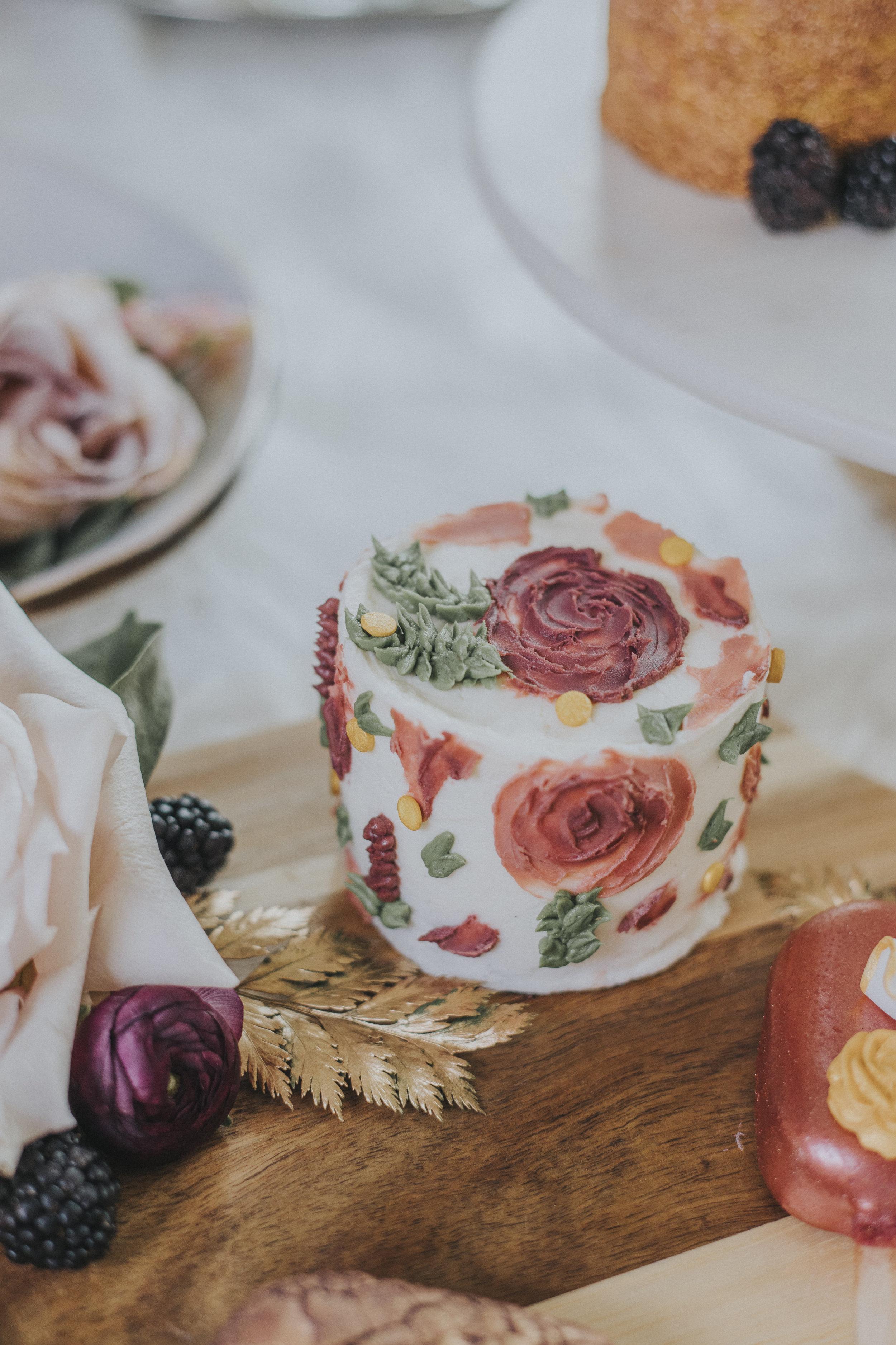 39  omaha-nebraska-empire-room-tiny-luxe-wedding-planner.jpg