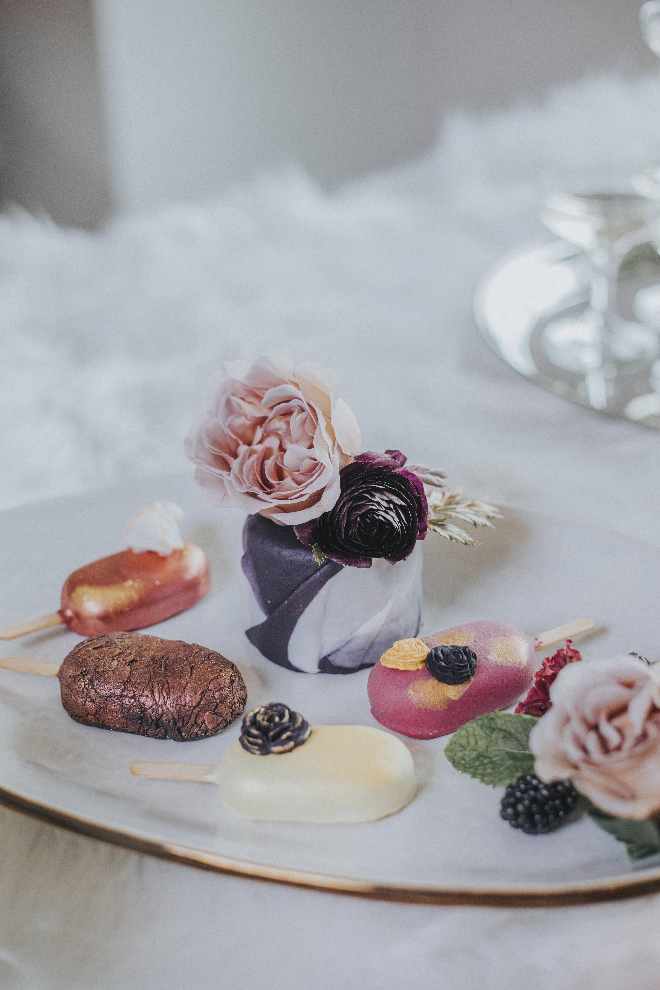 41  omaha-nebraska-empire-room-tiny-luxe-wedding-planner.jpg