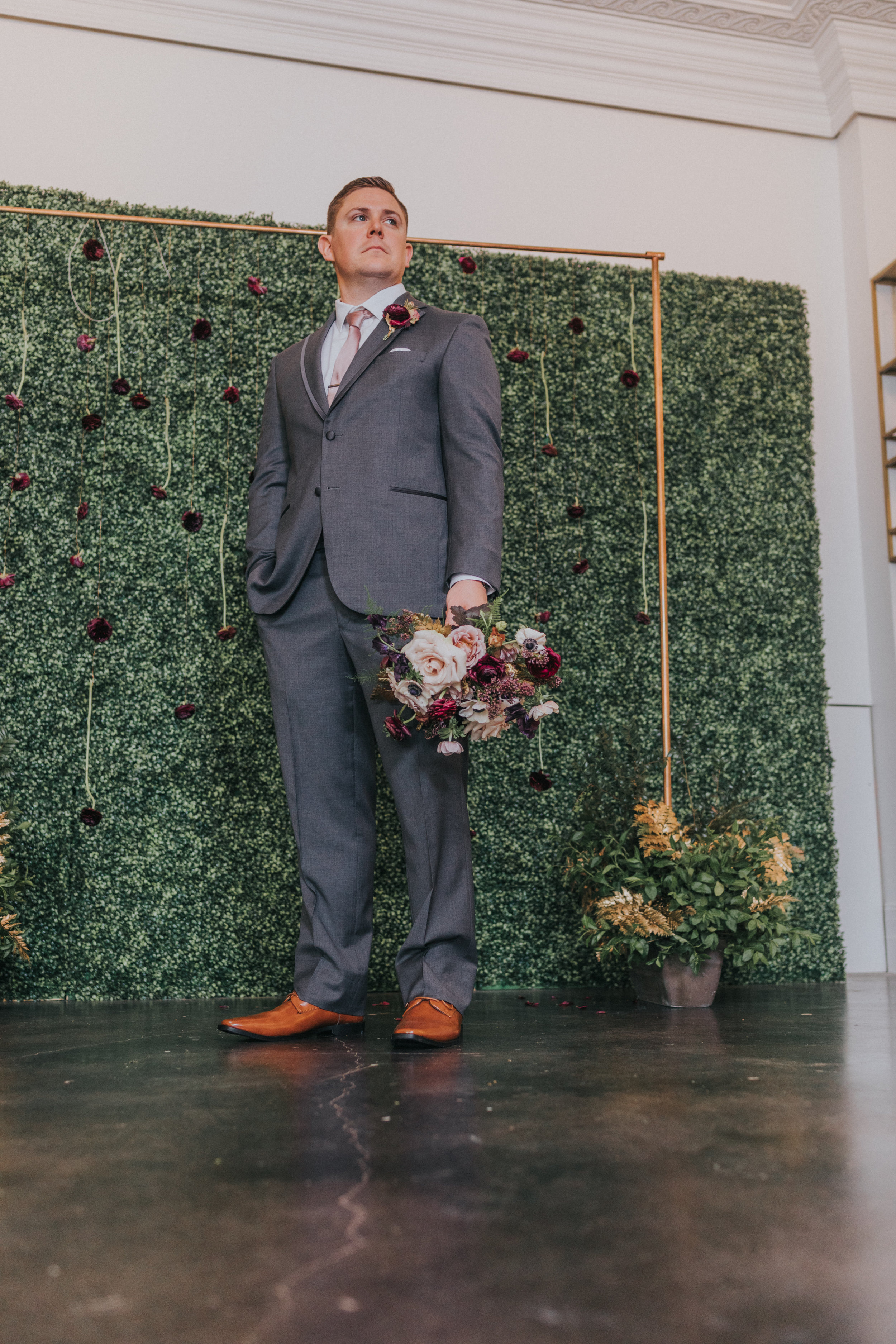 138 tiny-luxe-weddings-omaha-nebraska-midwest-empire-room.jpg