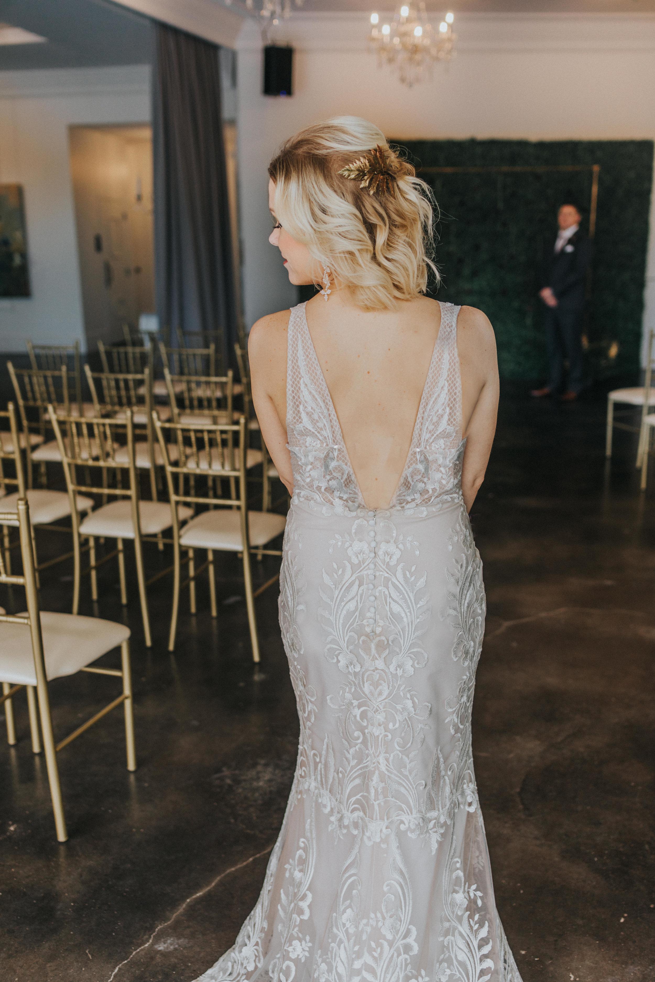 139 tiny-luxe-weddings-omaha-nebraska-midwest-empire-room.jpg