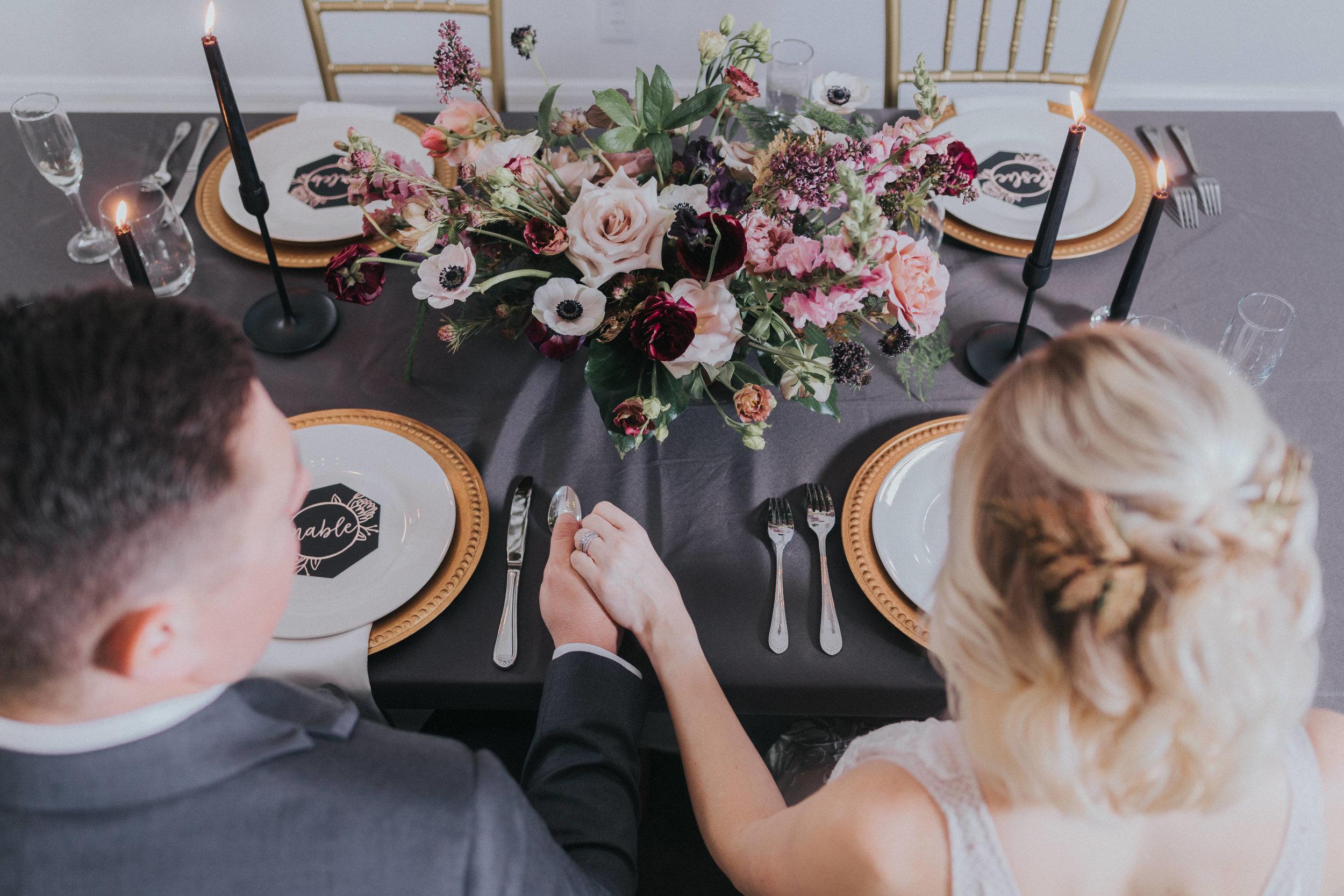 156 tiny-luxe-weddings-omaha-nebraska-midwest-empire-room.jpg