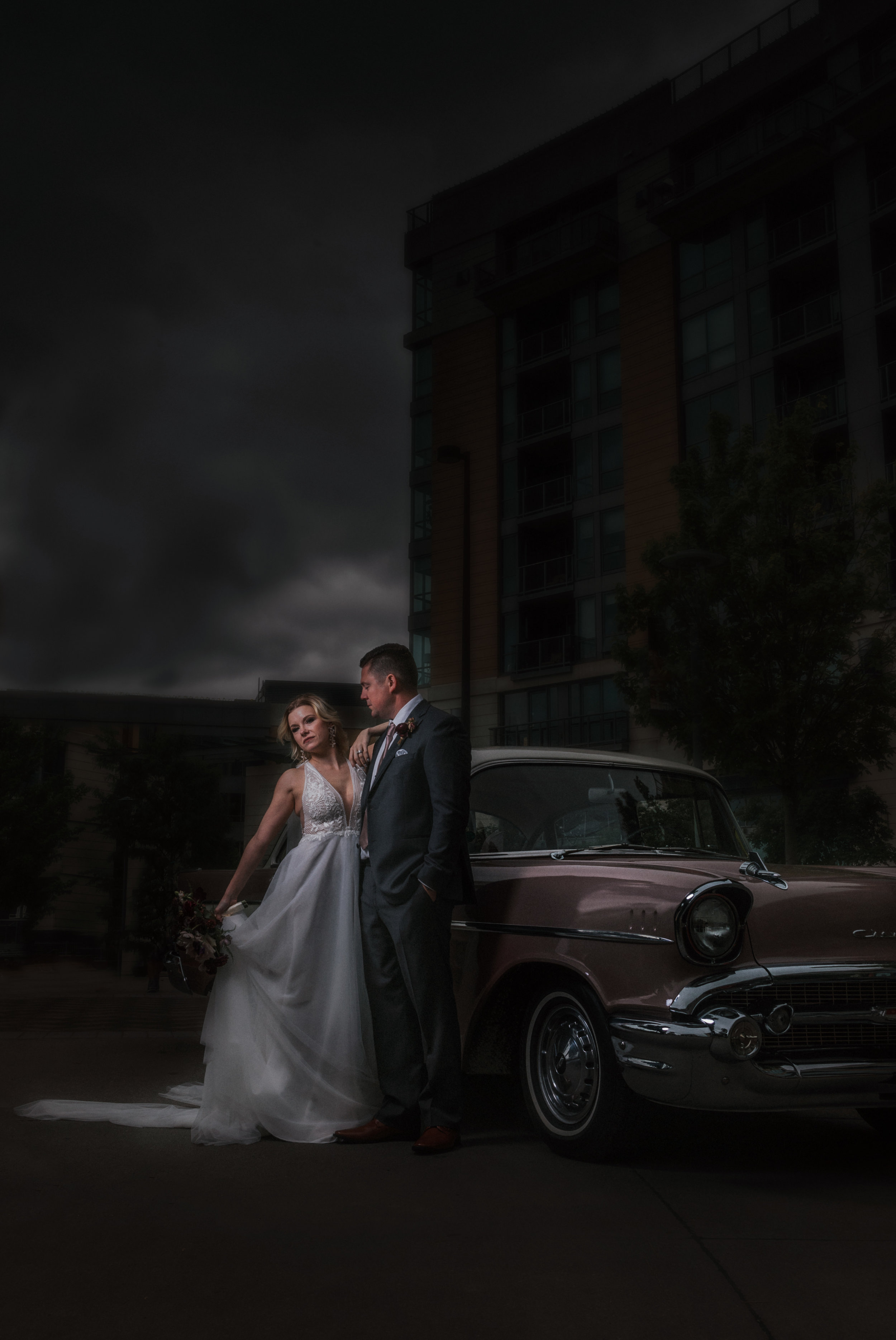 164 tiny-luxe-weddings-omaha-nebraska-midwest-empire-room.jpg