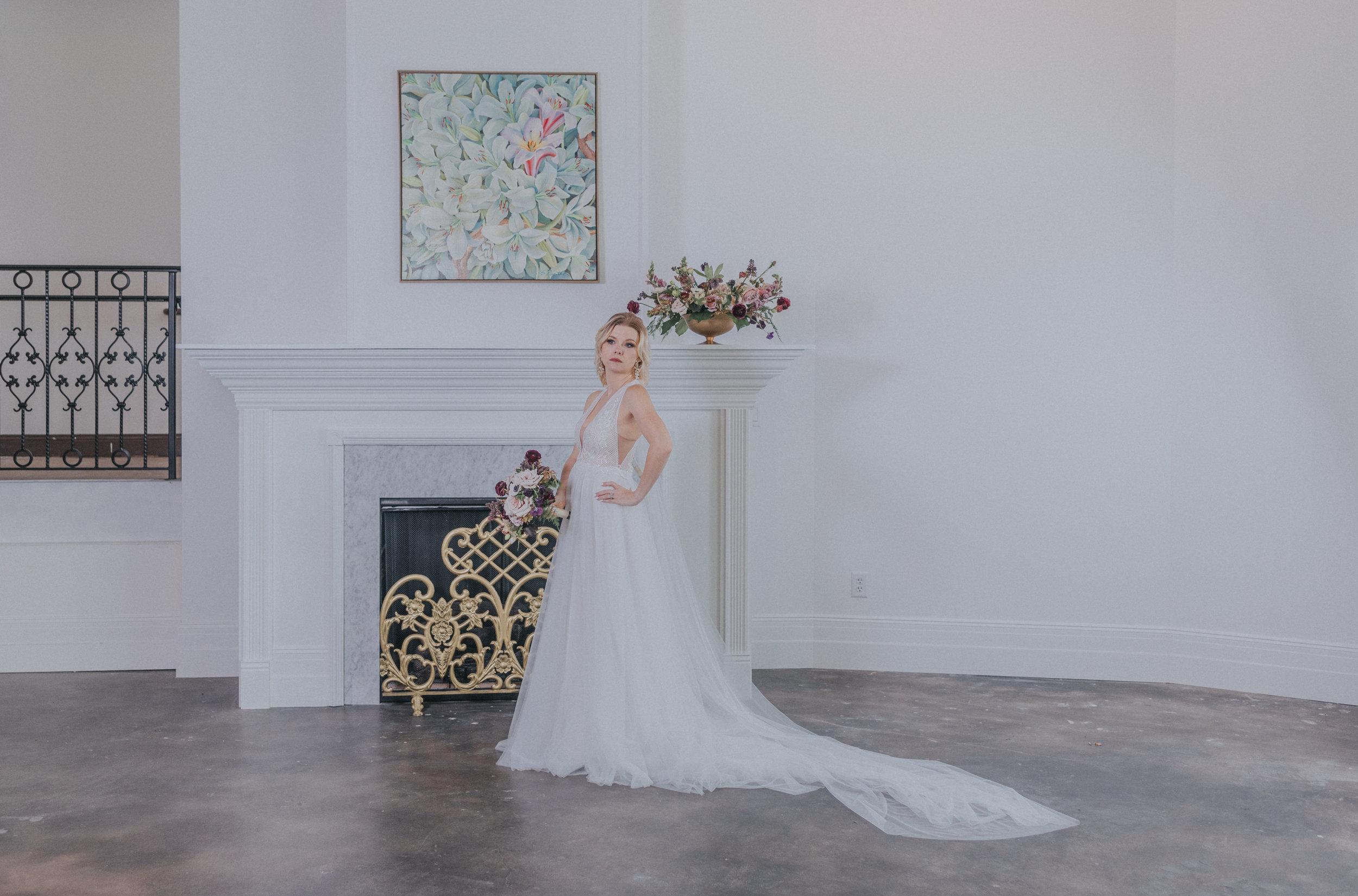 170-2  omaha-nebraska-empire-room-tiny-luxe-wedding-planner.jpg