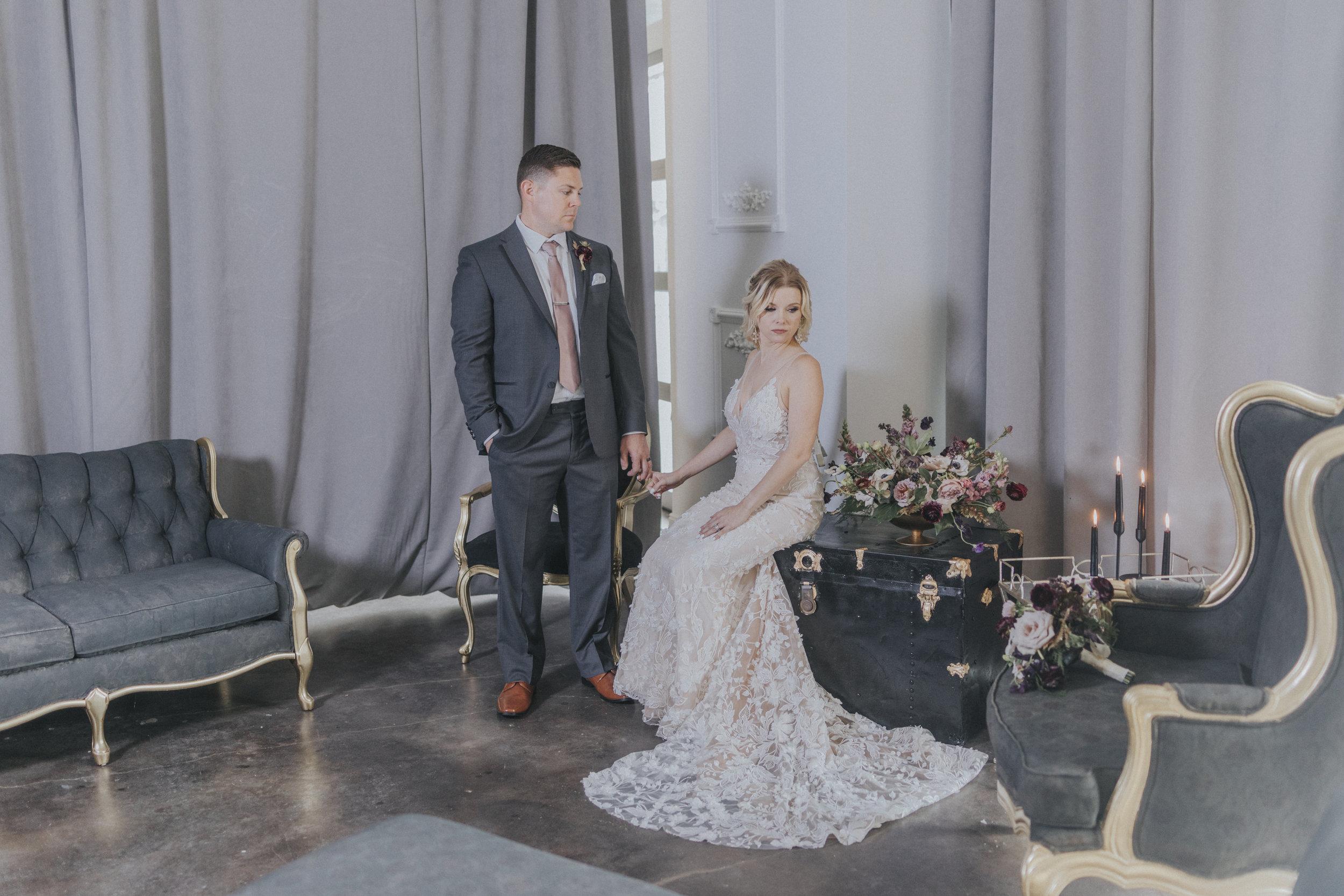 220  omaha-nebraska-empire-room-tiny-luxe-wedding-planner.jpg