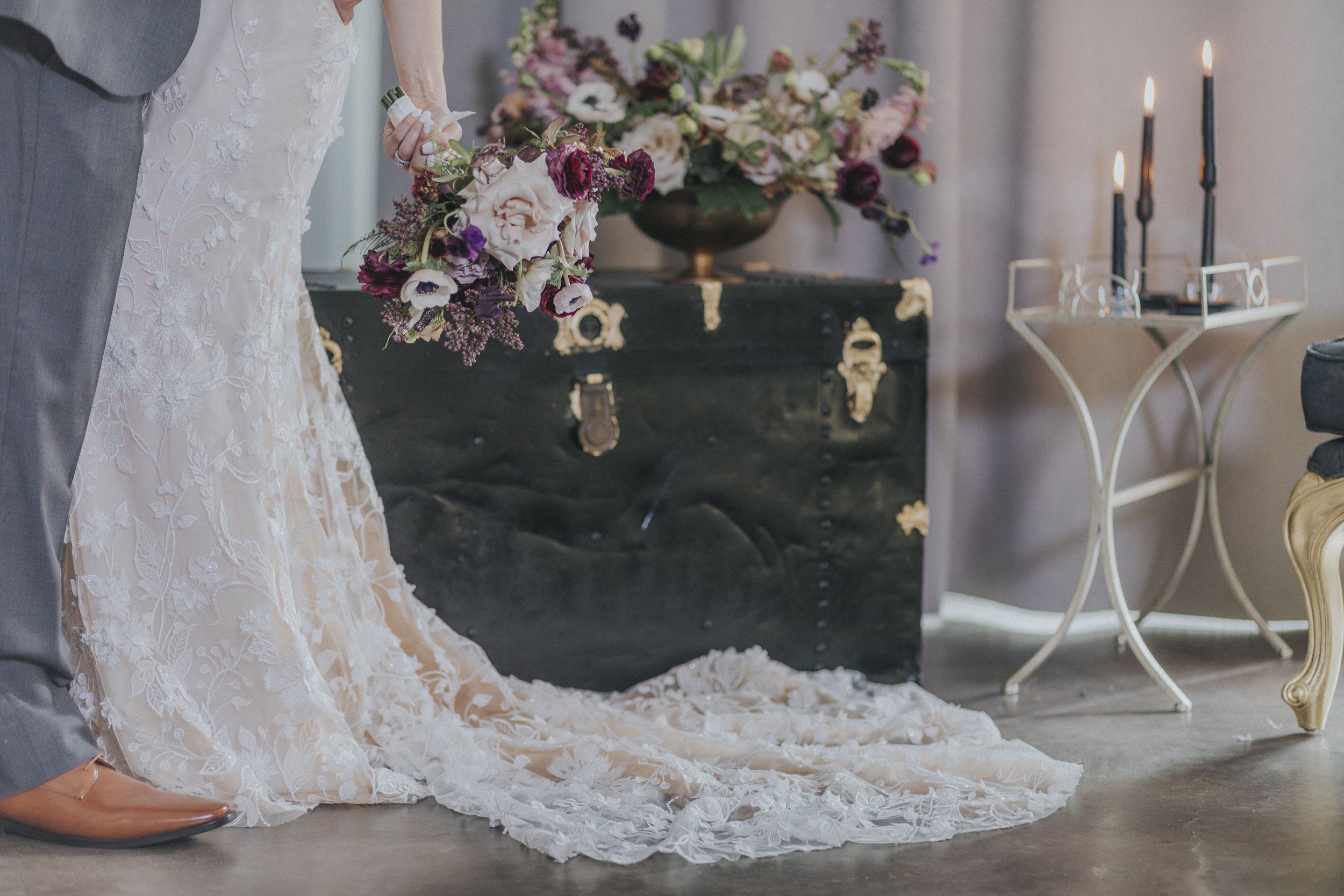 222  omaha-nebraska-empire-room-tiny-luxe-wedding-planner.jpg