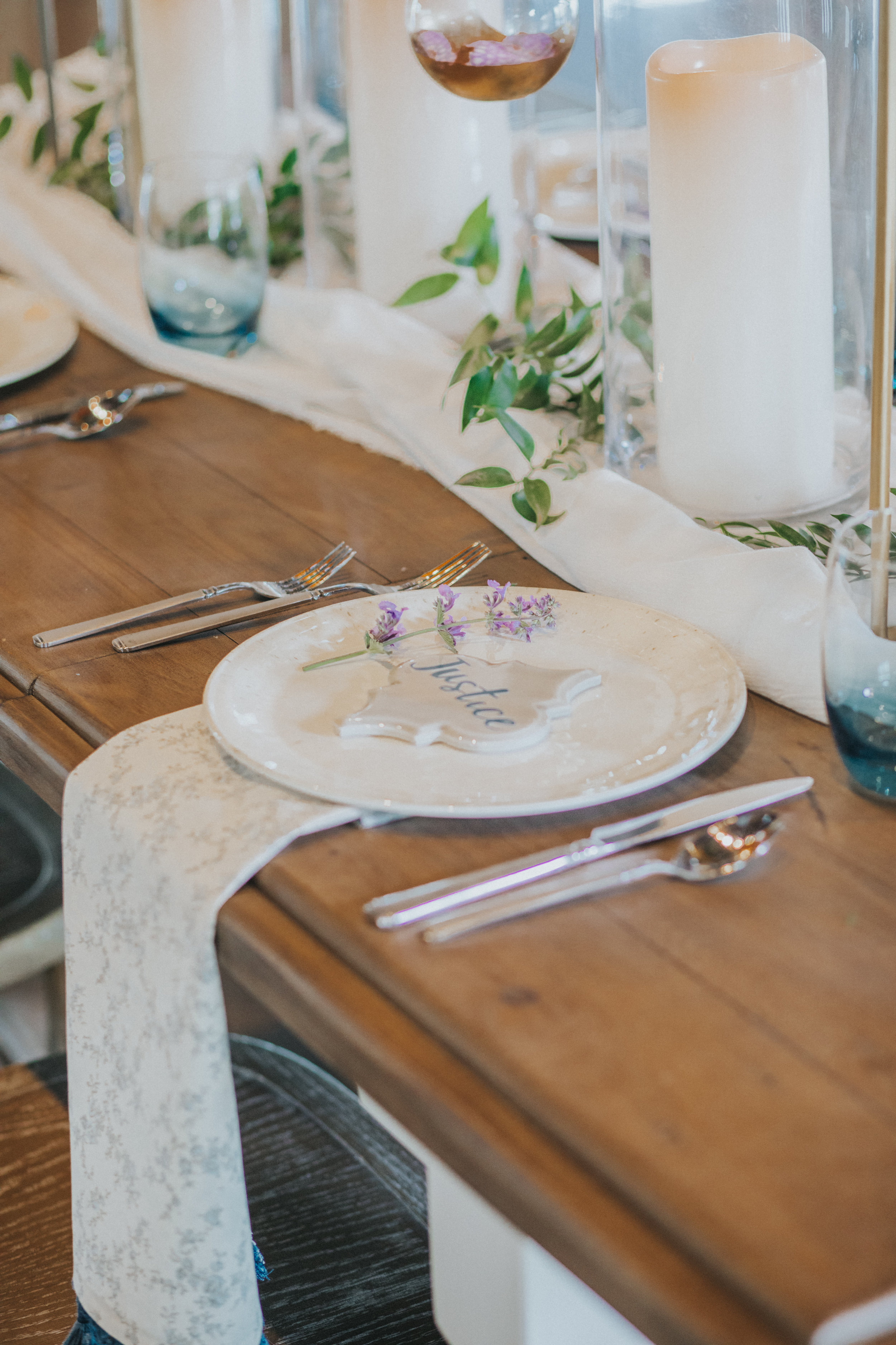 120 tiny-luxe-weddings-iowa-venue-photogeraphy-palace.jpg