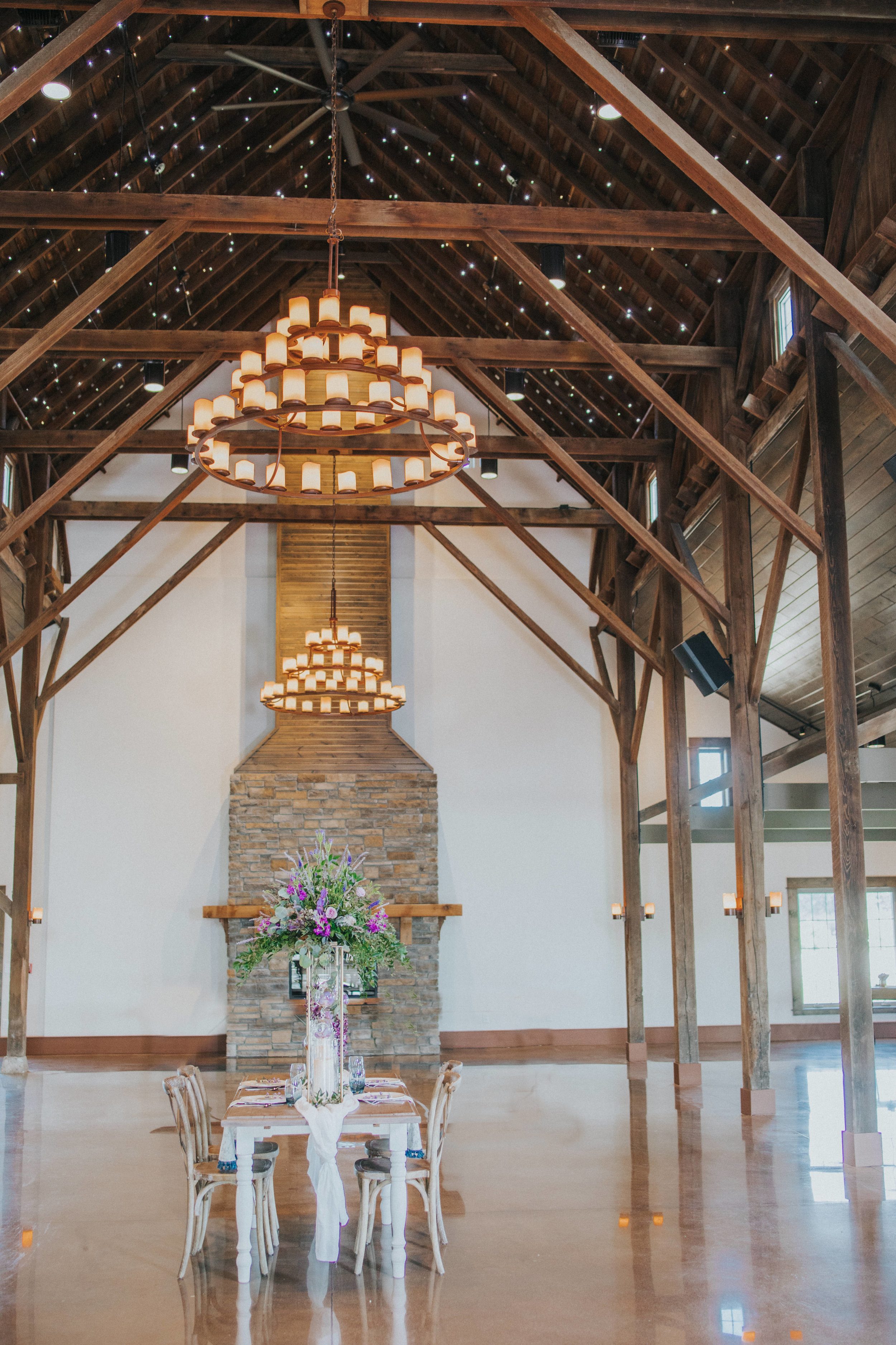 137 tiny-luxe-weddings-iowa-venue-photogeraphy-palace.jpg