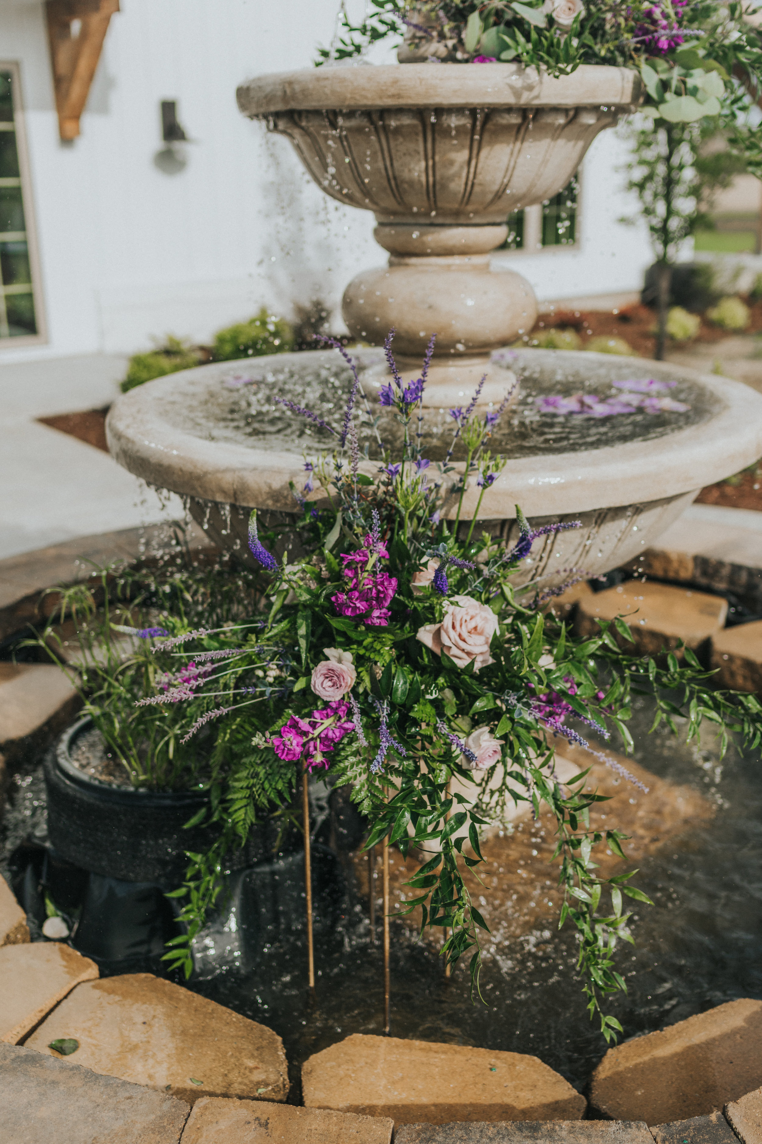 238 tiny-luxe-weddings-iowa-venue-photogeraphy-palace.jpg