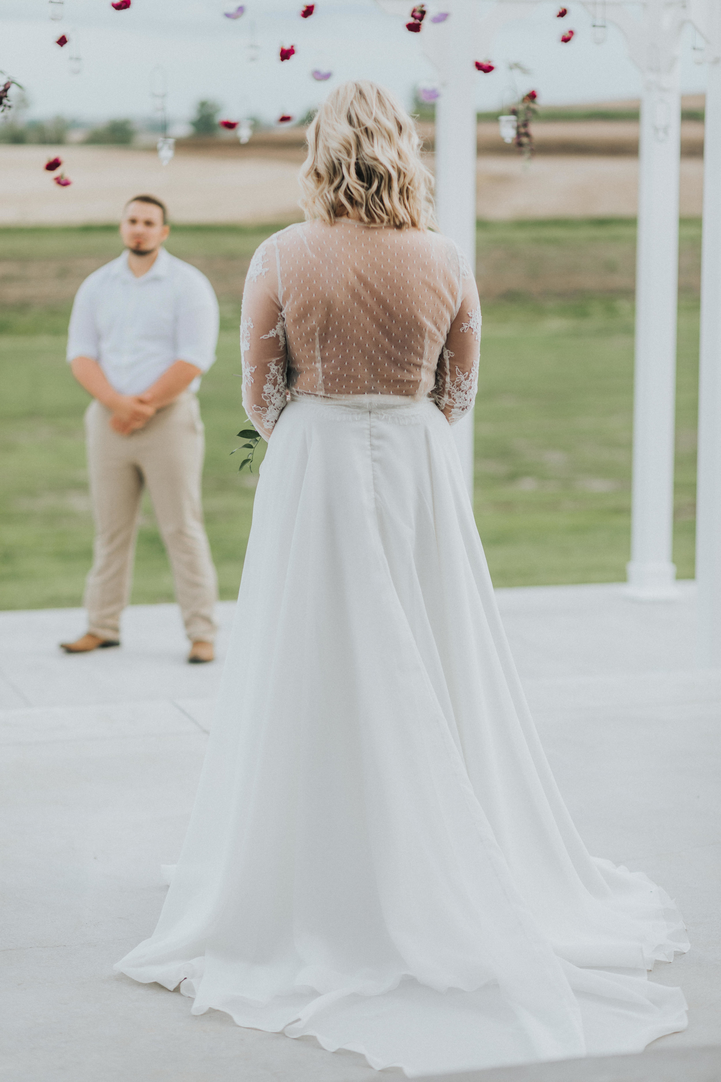 276 tiny-luxe-weddings-iowa-venue-photogeraphy-palace.jpg