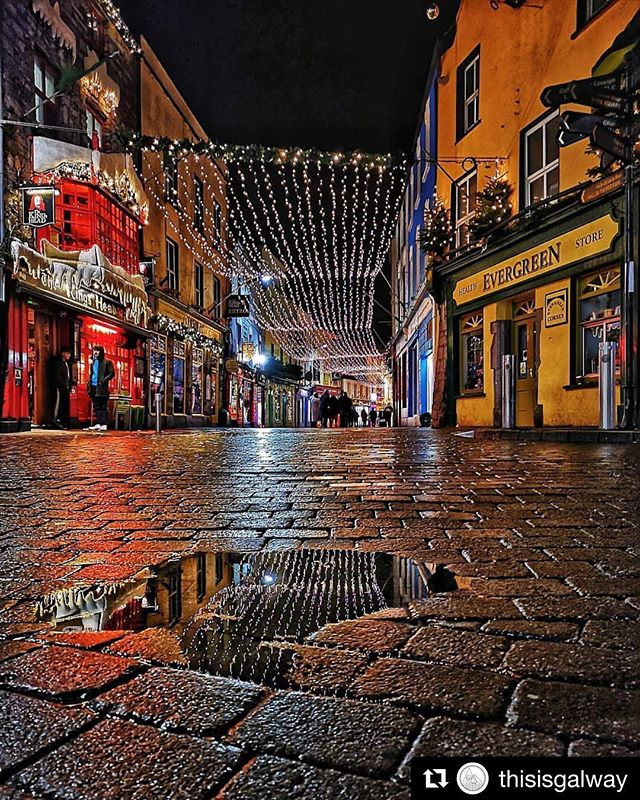 We can't wait to host our first SmartFotoFest in Galway (5th June 2019) This city is a photographers dream.... #Repost @thisisgalway with @get_repost ・・・ Christmas in The Upside Down🎄🙃 Love this shot of Galway's Latin Quarter by @hazelbradleyphoto 📸 - Use our hashtag #thisisgalway to get your photos featured! - #strangerthings #wearegalway #puddlelove #italwaysrainsingalway #christmastime #galway2020 #wildatlanticway #exploregalway #intothewest #discoverireland