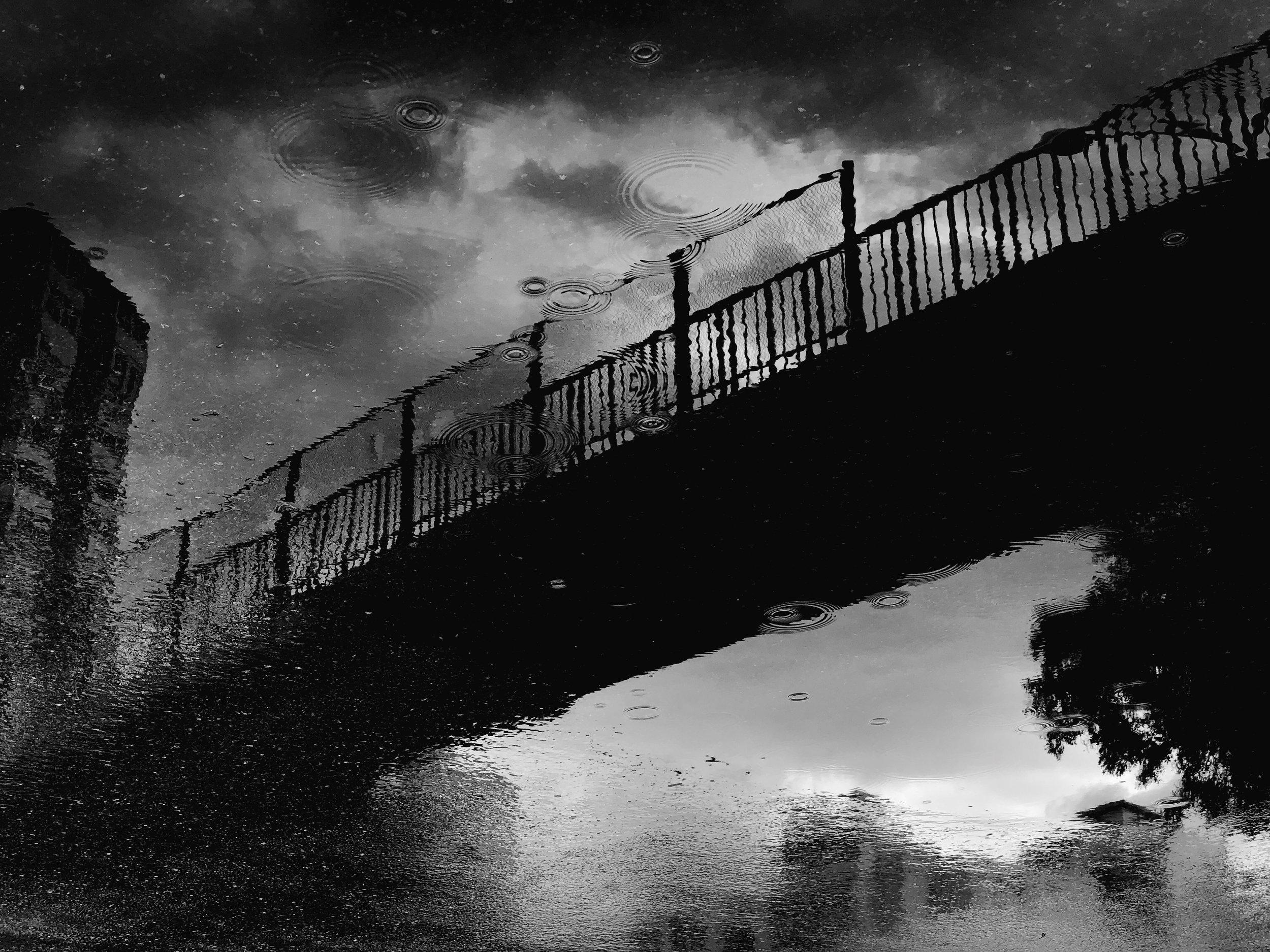 Bridge in rain by Jia Shusen