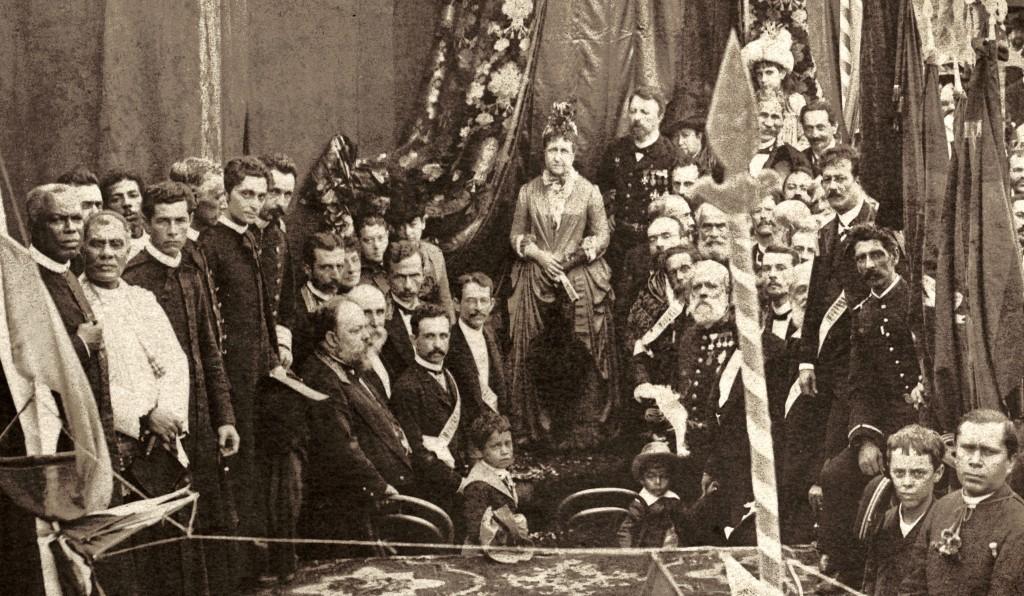 Princesa Isabel ao centro.