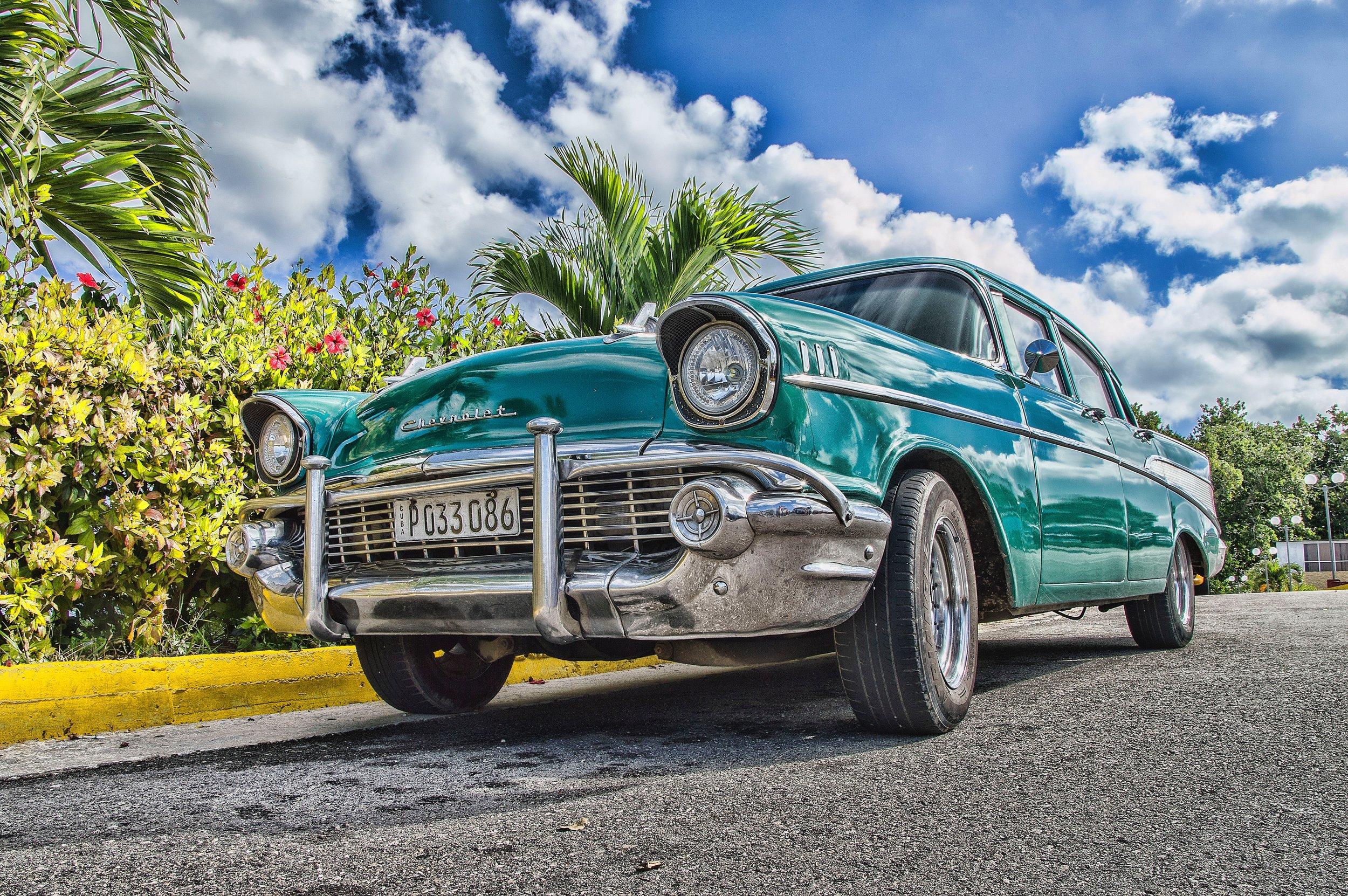 asphalt-auto-automobile-712618.jpg