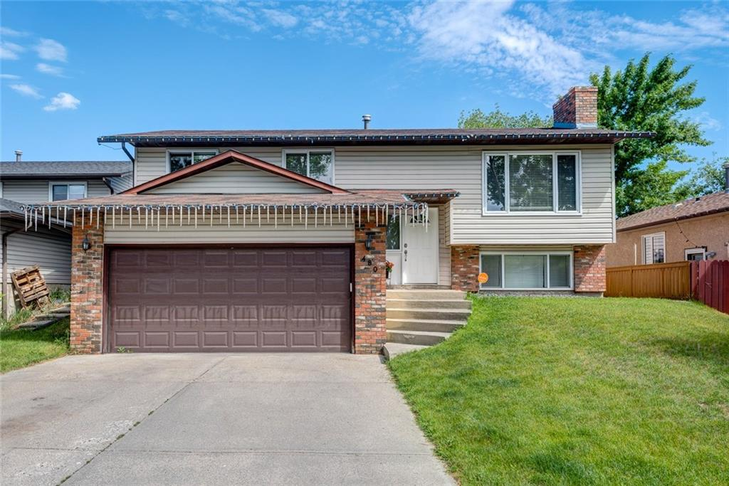 SOLD -Woodlands, Calgary - Sold in 14 days, above listing price.
