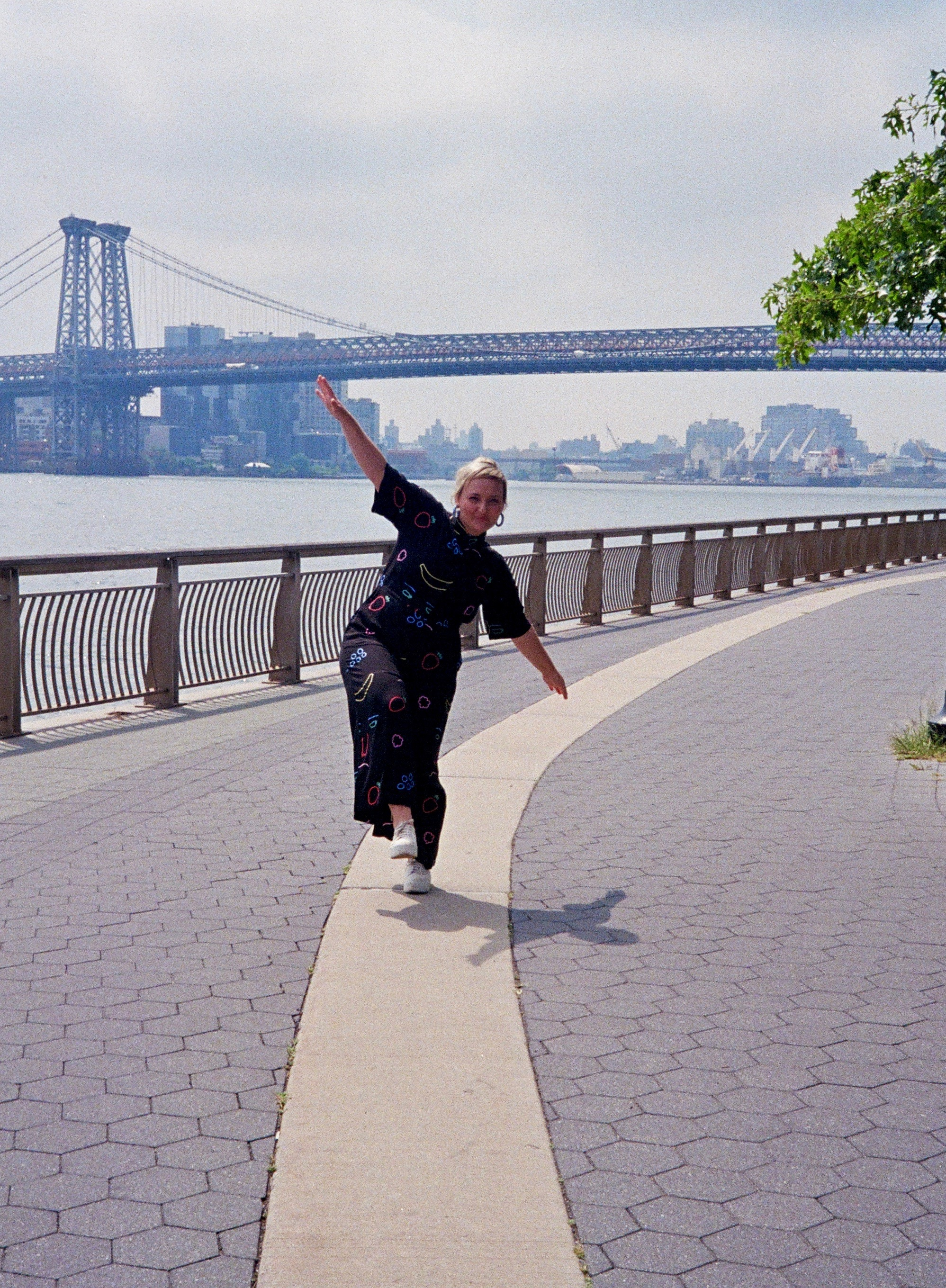Natalia in on of her favorite places - Manhattan's East River Park.