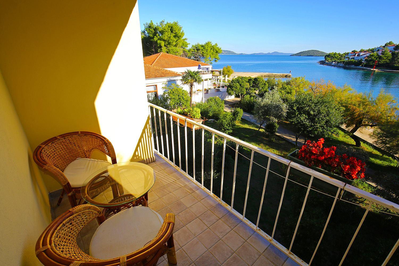 croatia balcony.jpg