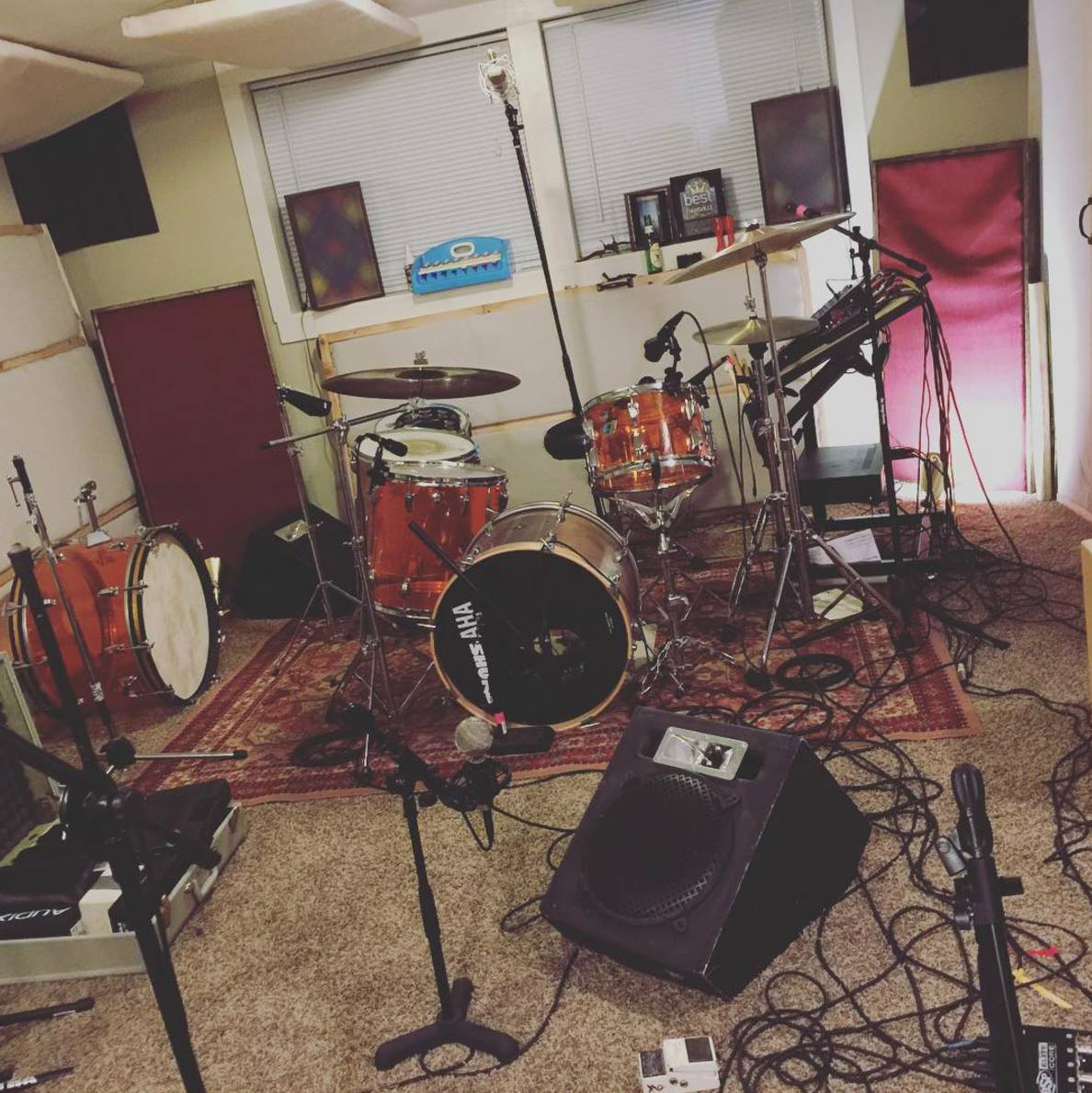 11.12.2015 This was how Zach's studio looked the first day of recording IBYAC.
